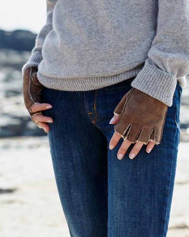 Fingerlose Damenhandschuhe