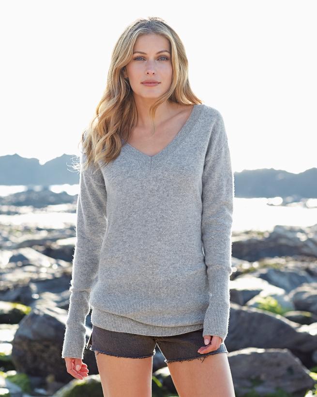 Easy V Neck Sweater