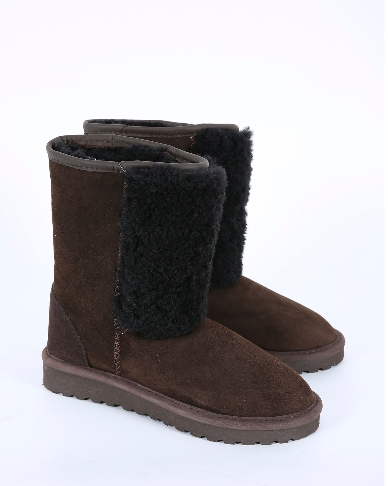 Front Panel Sheepskin Boots - Size 6 - Mocca - 561