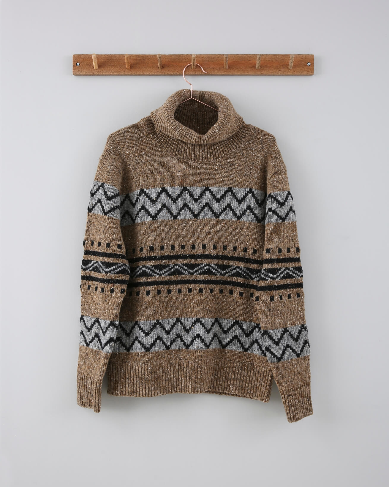 Geometric Fair Isle Roll Neck - Size Small - Biscuit - 711