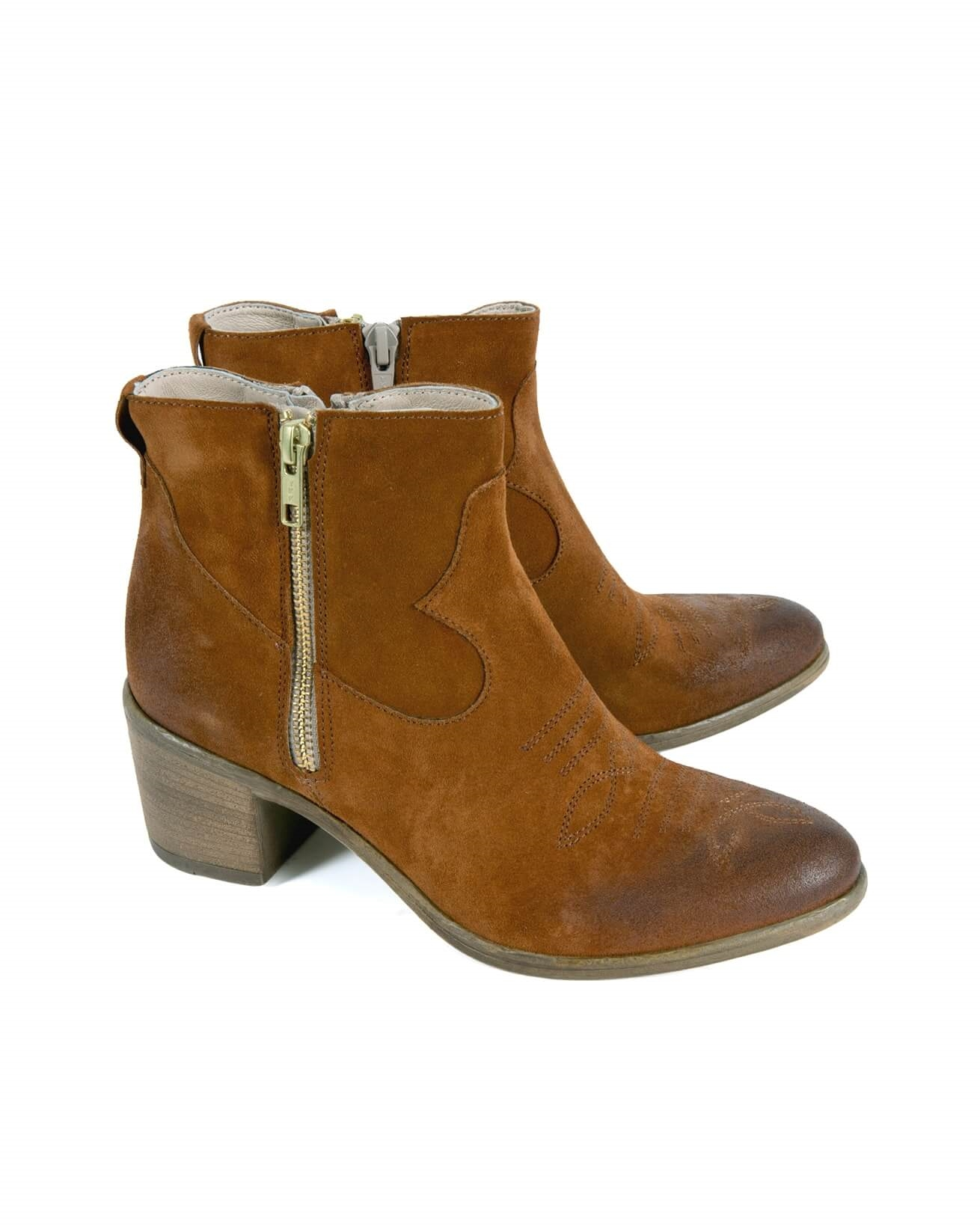 7577_western ankle boots_pair_comp.jpg