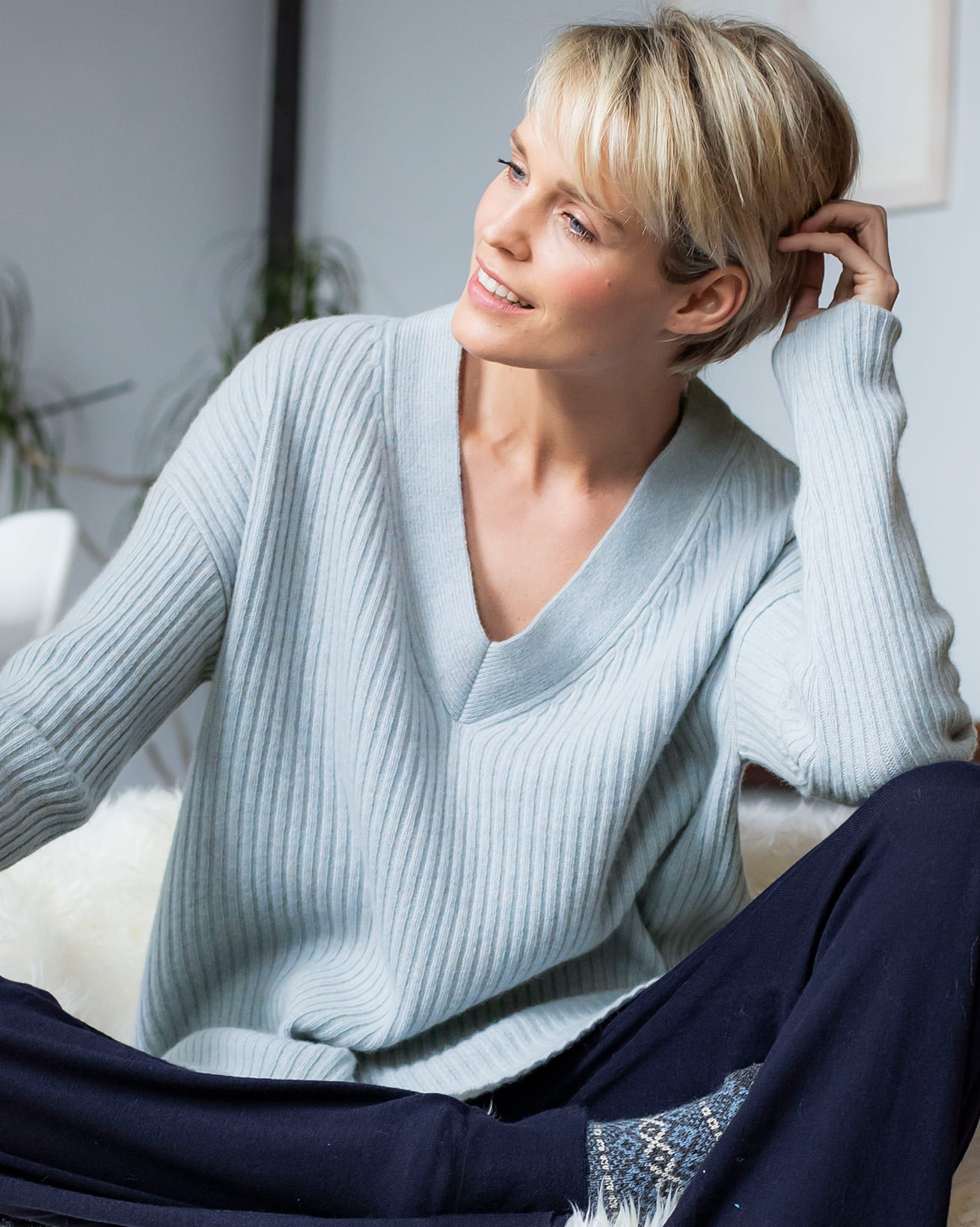 V-Neck Lounge Sweater