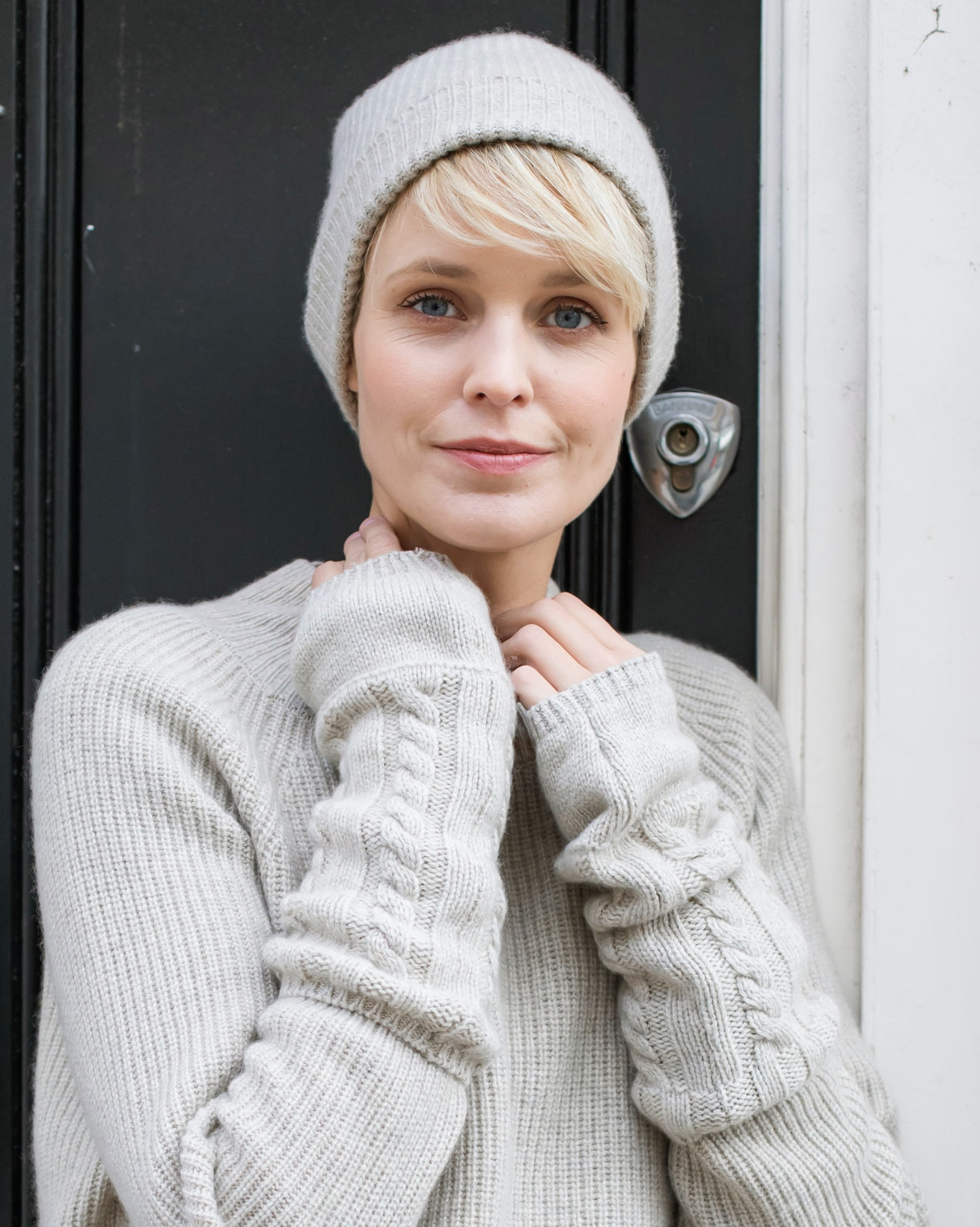 Eco Luxe Cashmere Wristwarmers