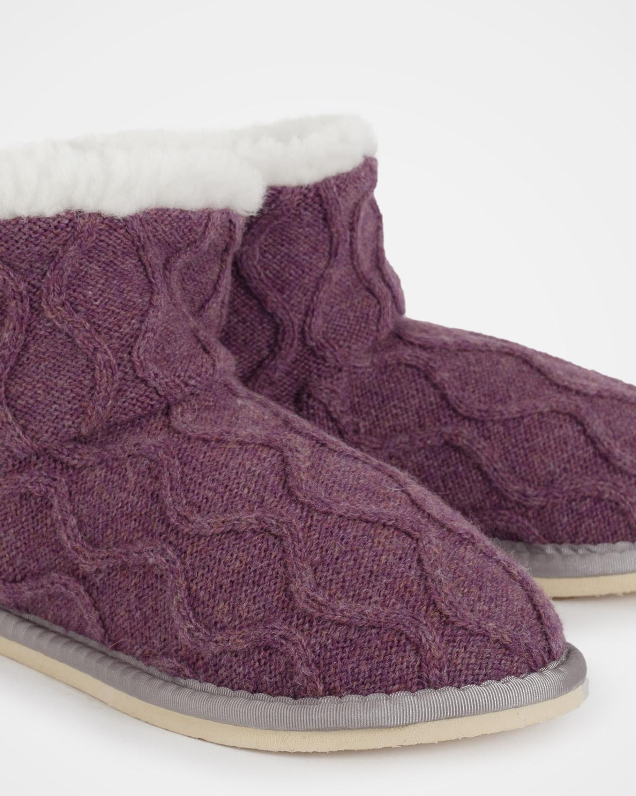 6610_knitted-shortie_sloeberry_detail.jpg