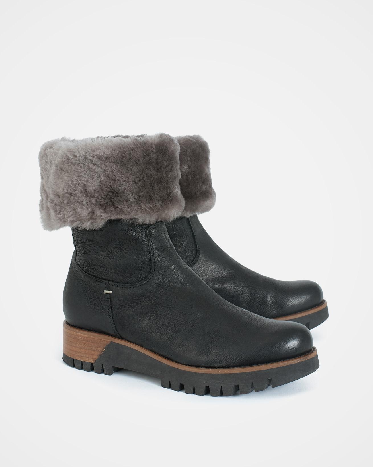 Cuffed Nubuck Boots - Size 37 - Black - 1728