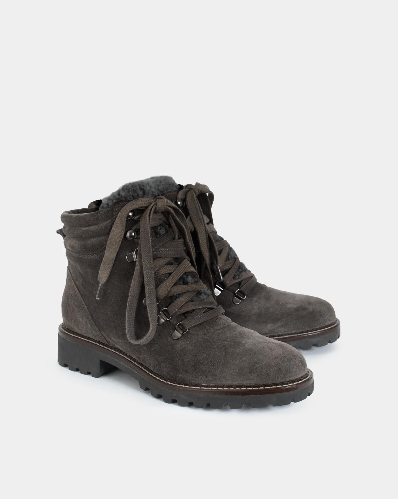 7621_hiker-boot_mid-grey_pair.jpg