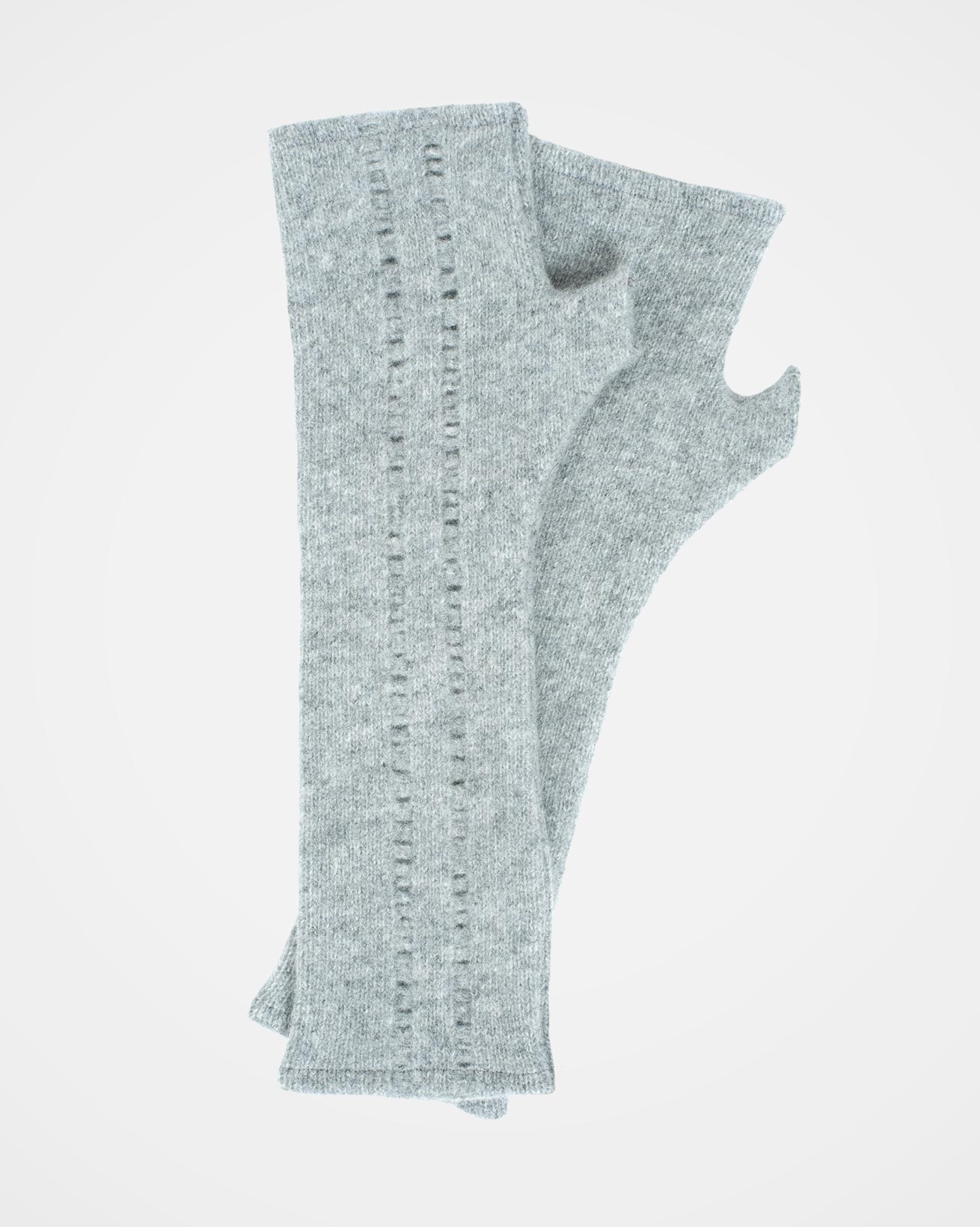 7658_grey-wool-wristmarmers_soft-grey.jpg