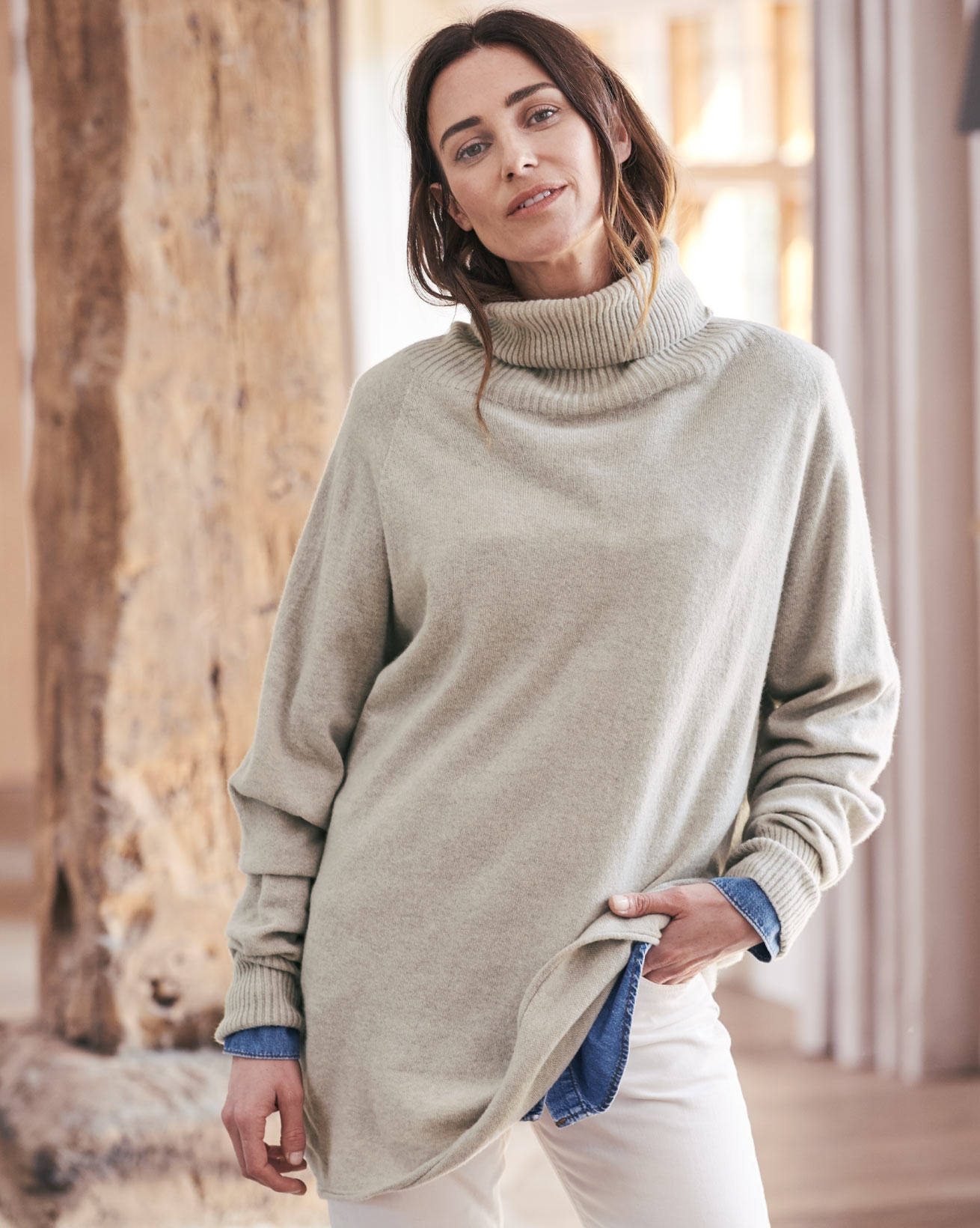 Geelong Slouch Roll Neck