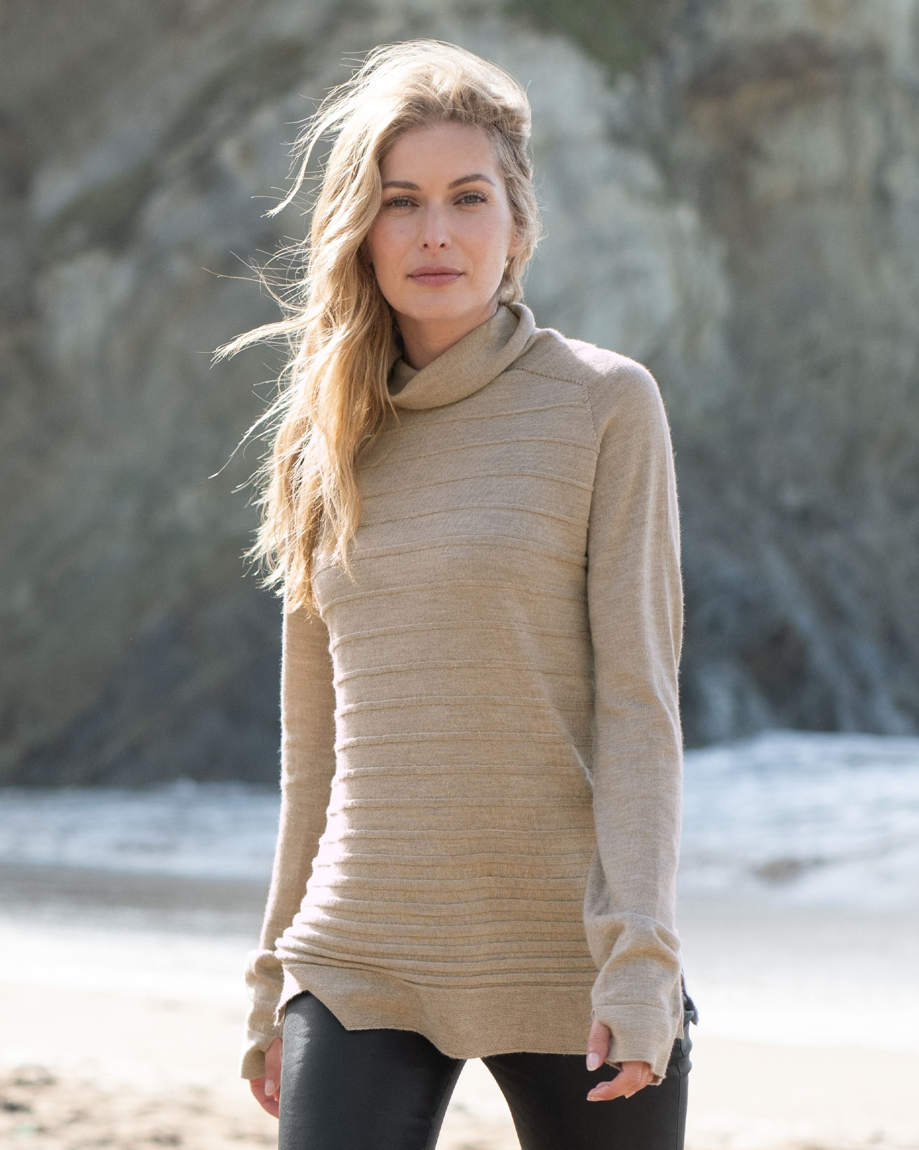 Merino Textured Stitch Rollneck