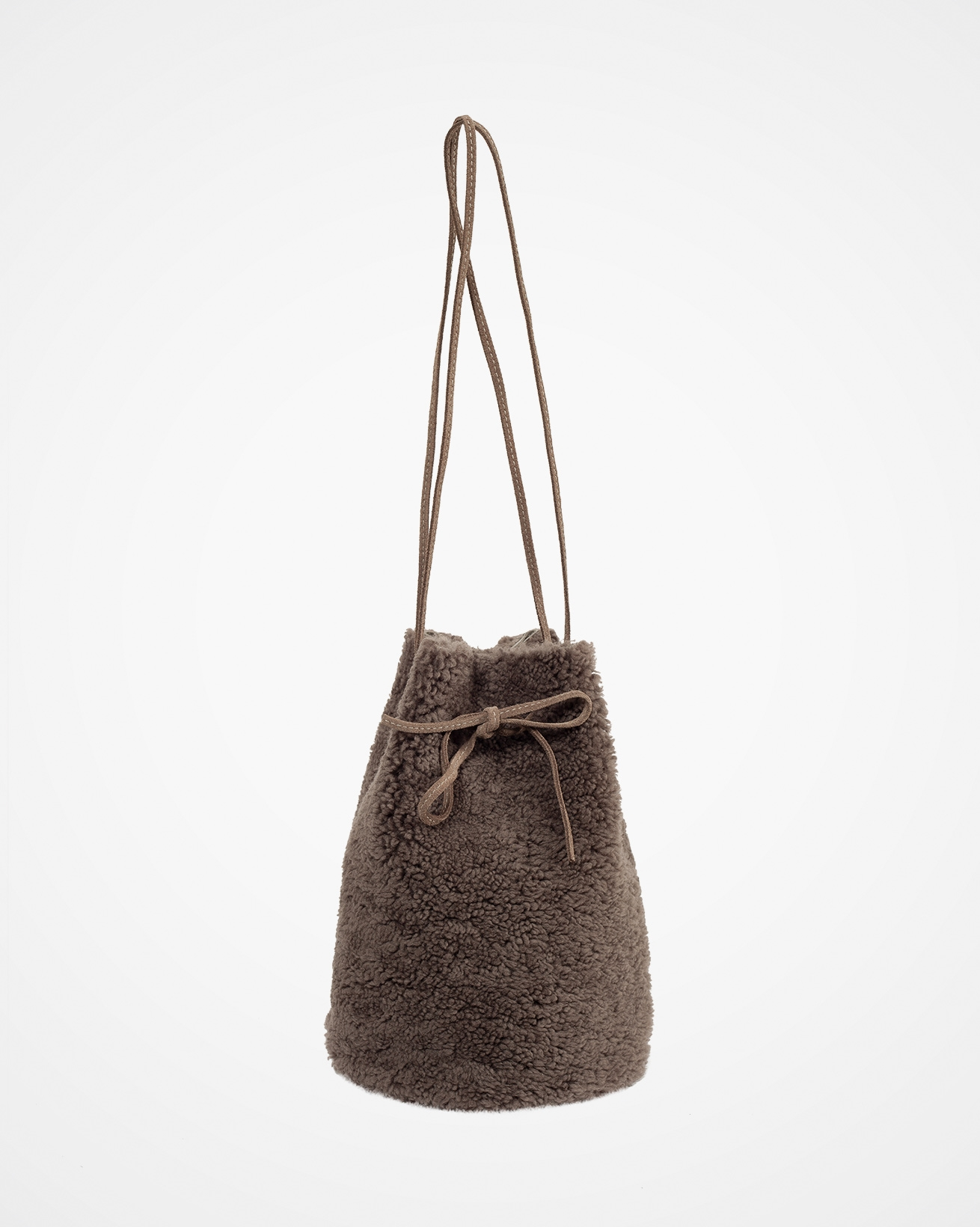 7701_sheepskin-drawstring-bag_vole_front.jpg