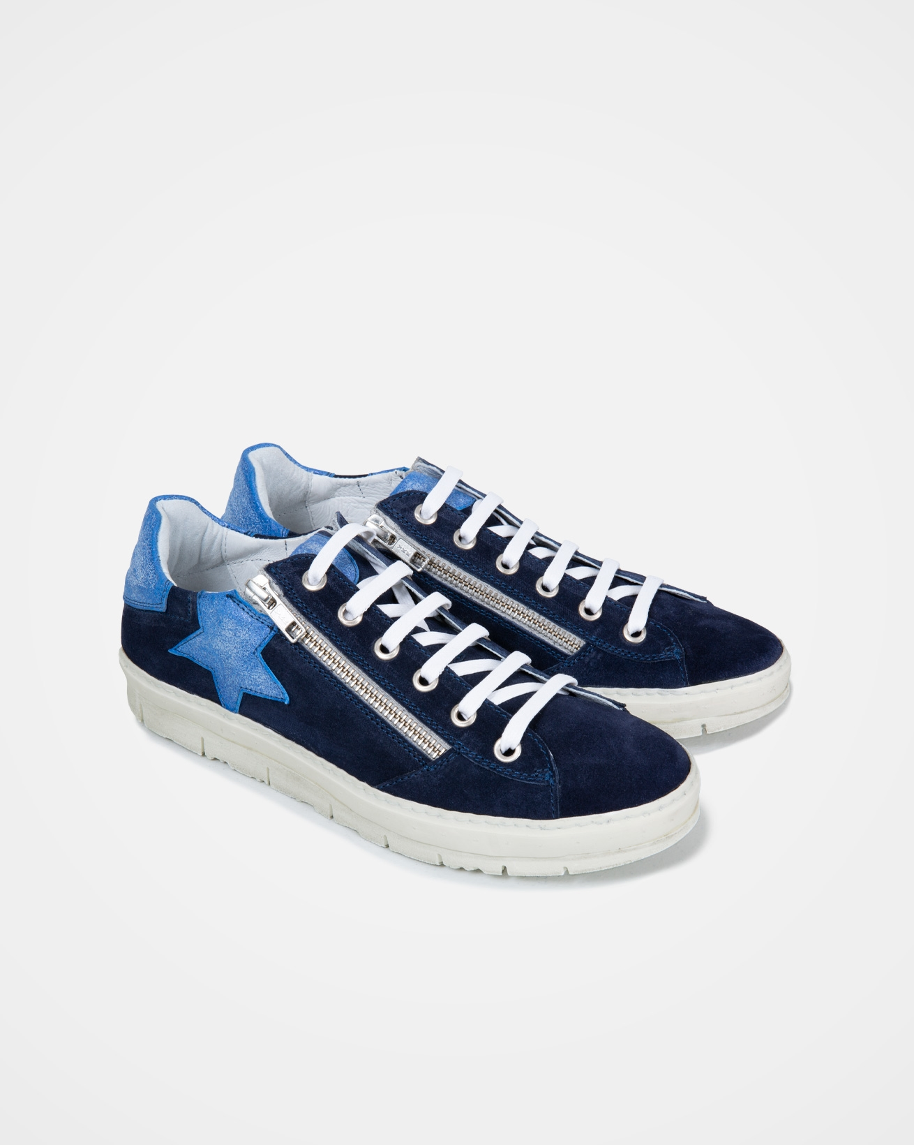 7587_embellished_trainers_navy_star_pair.jpg