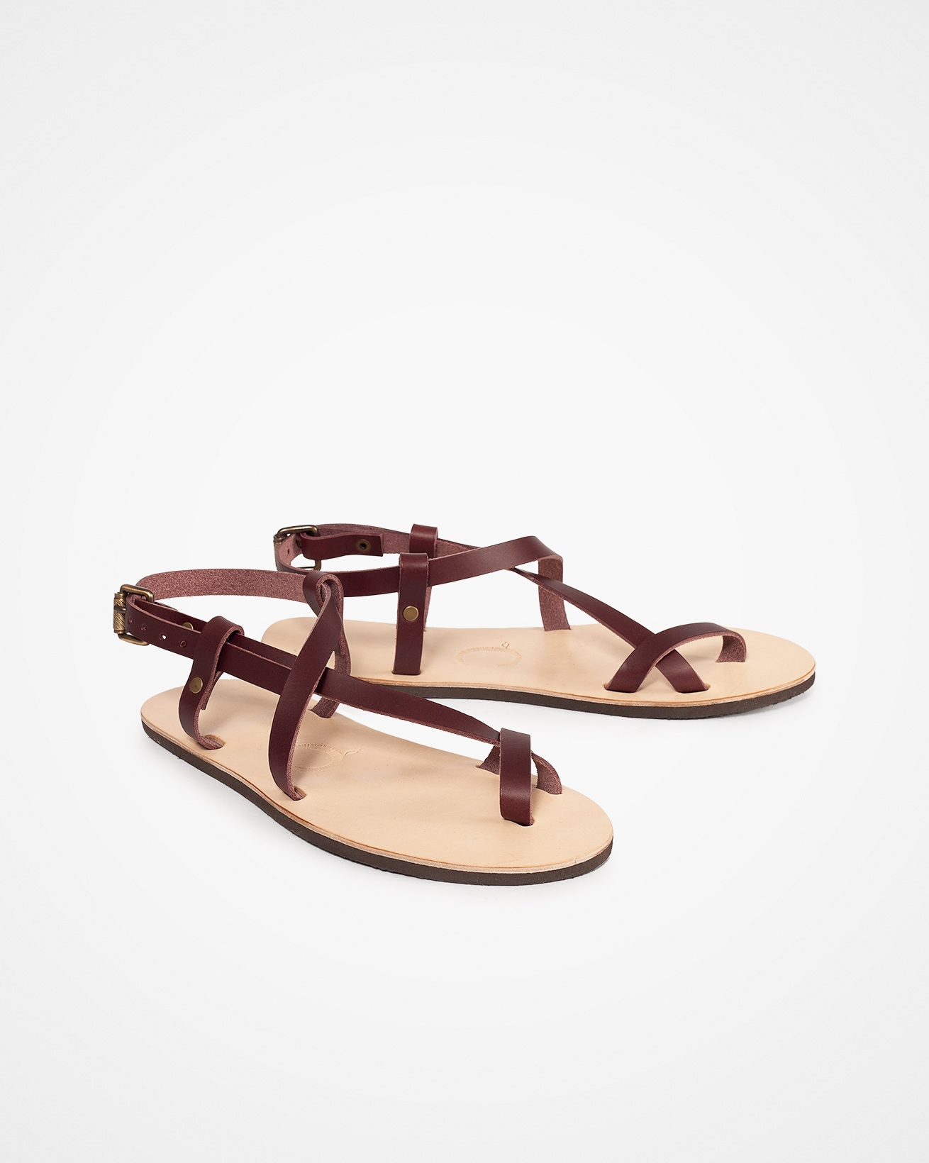 7704_celtic-toe-ring-crossover-sandal_sloeberry_pair.jpg