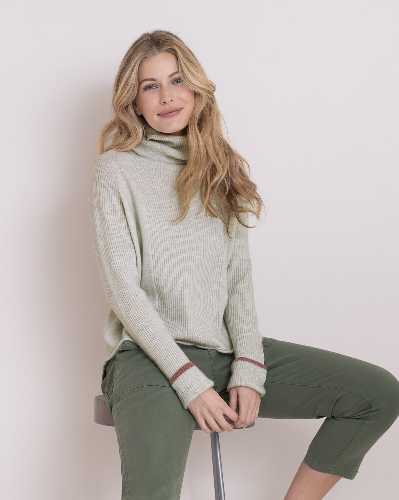 Geelong Curved Hem Turtleneck