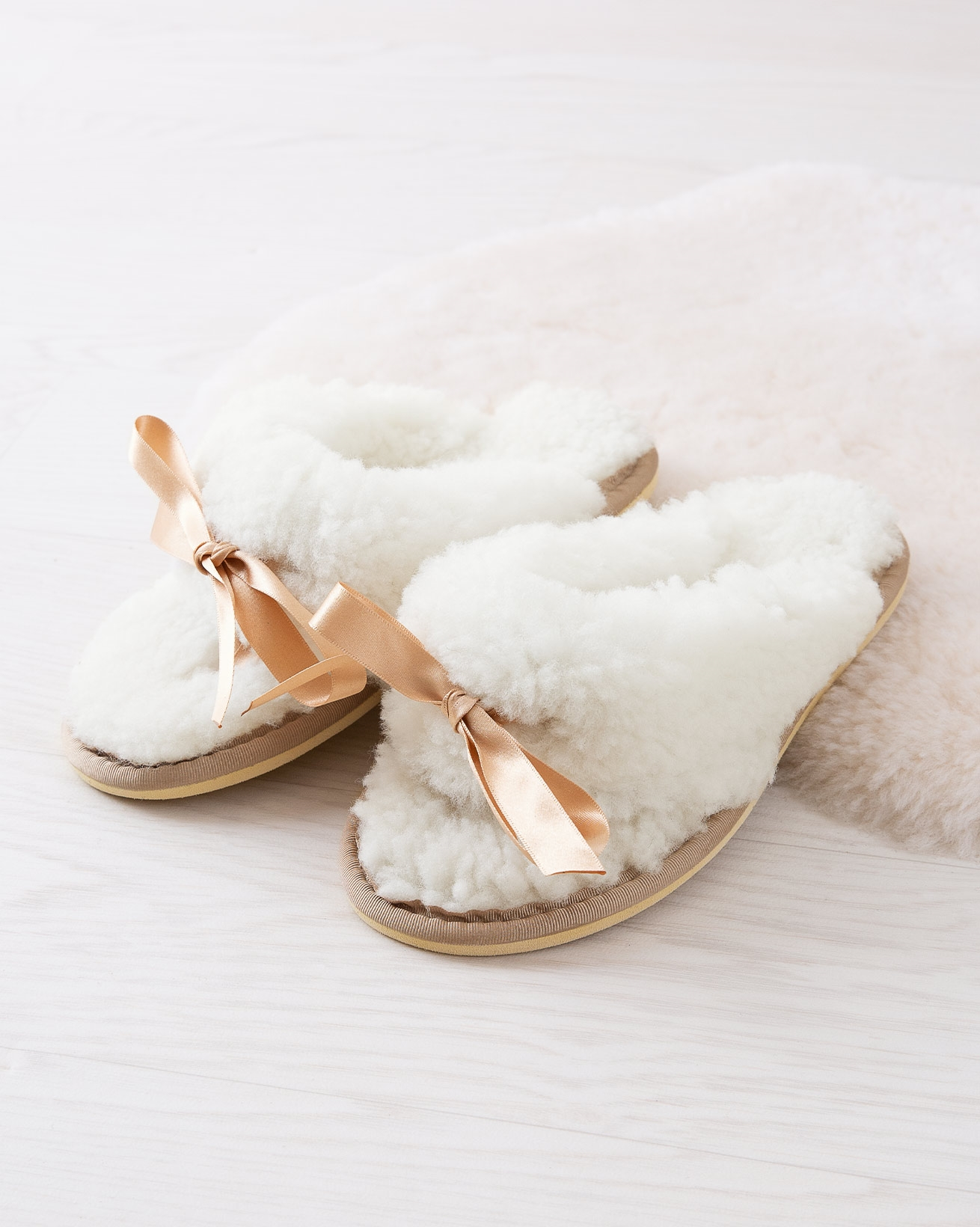 Dita Slippers
