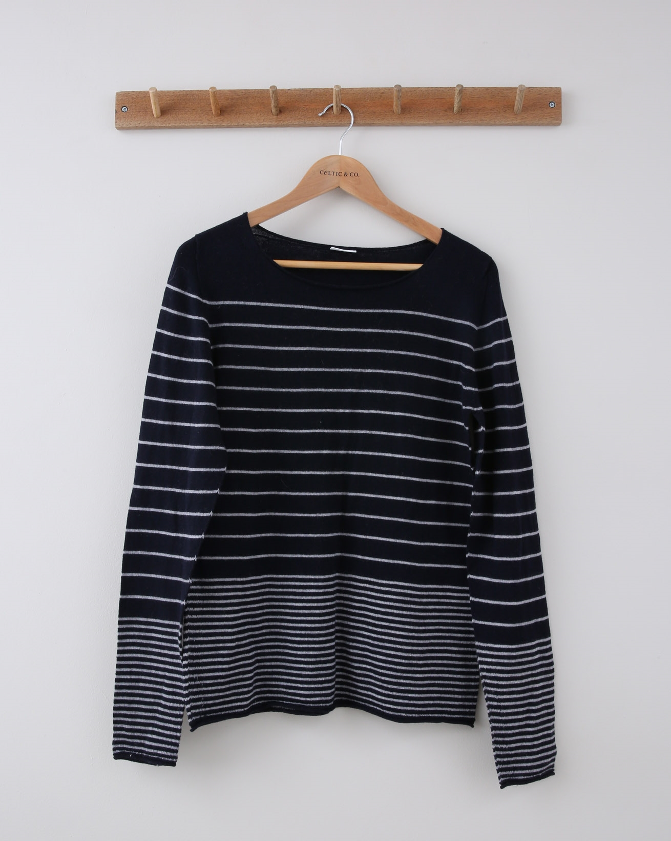 Merino Crew Fine Knit - Small - Navy & Ecru Graduated Stripe - 1144