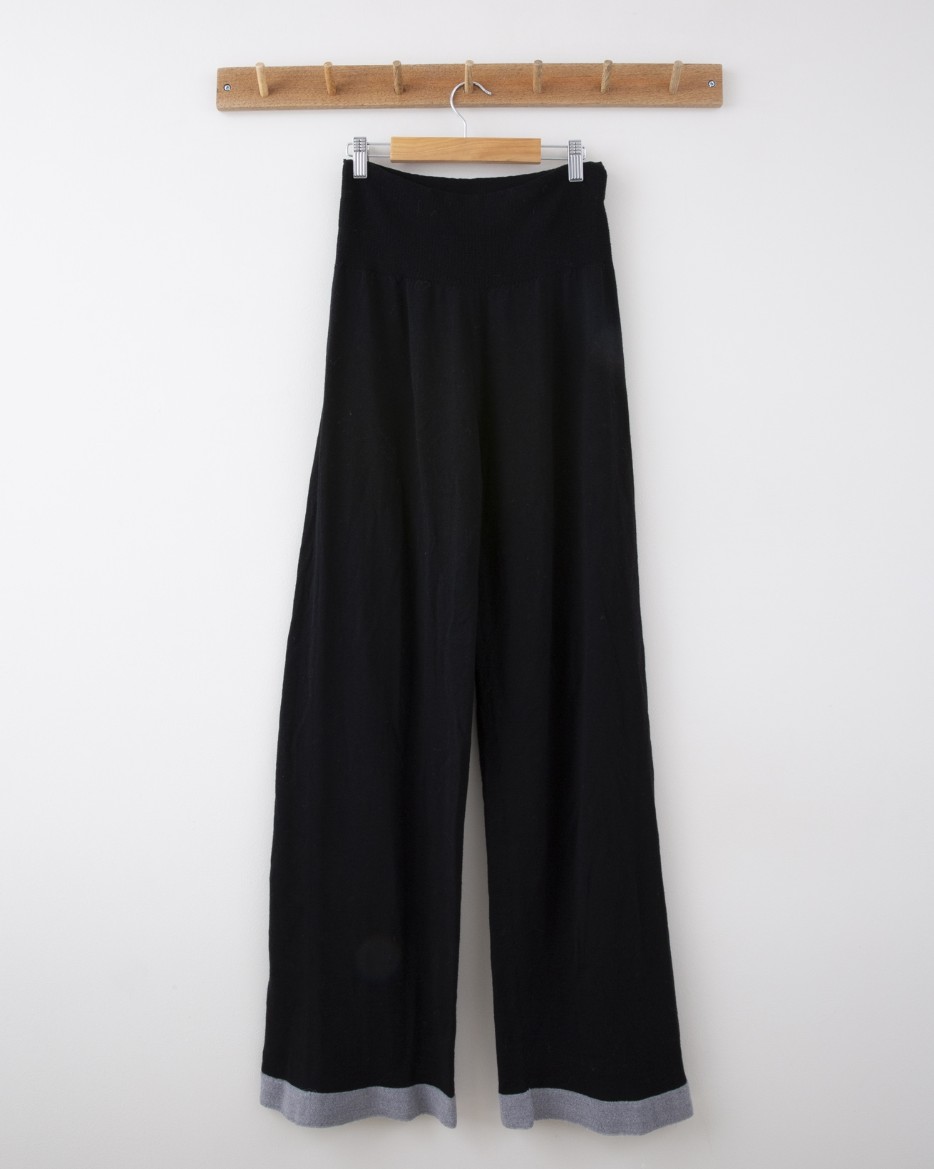 Wide Leg Merino Lounge Pant - Small - Black with Silver Grey Tipping - 1278