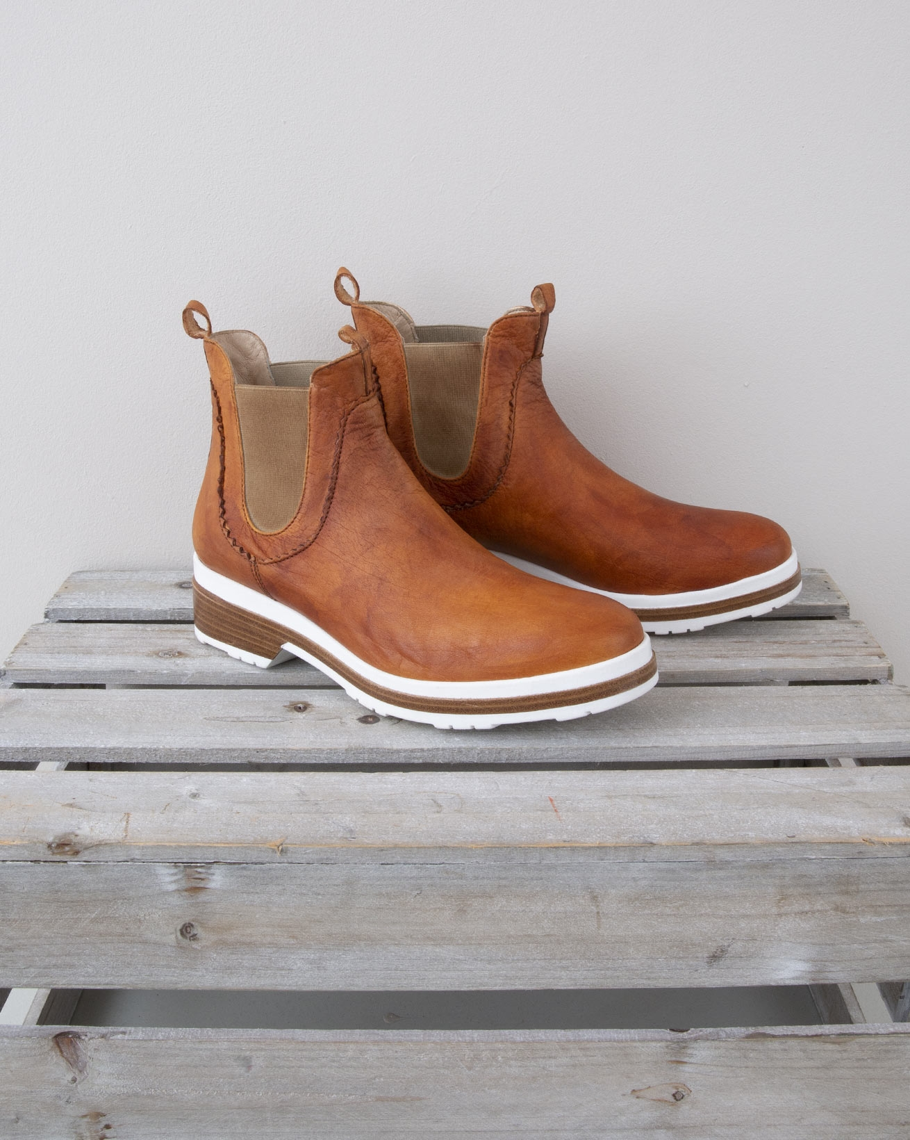Chunky Chelsea Boot - Size 37 - Clove - 1341