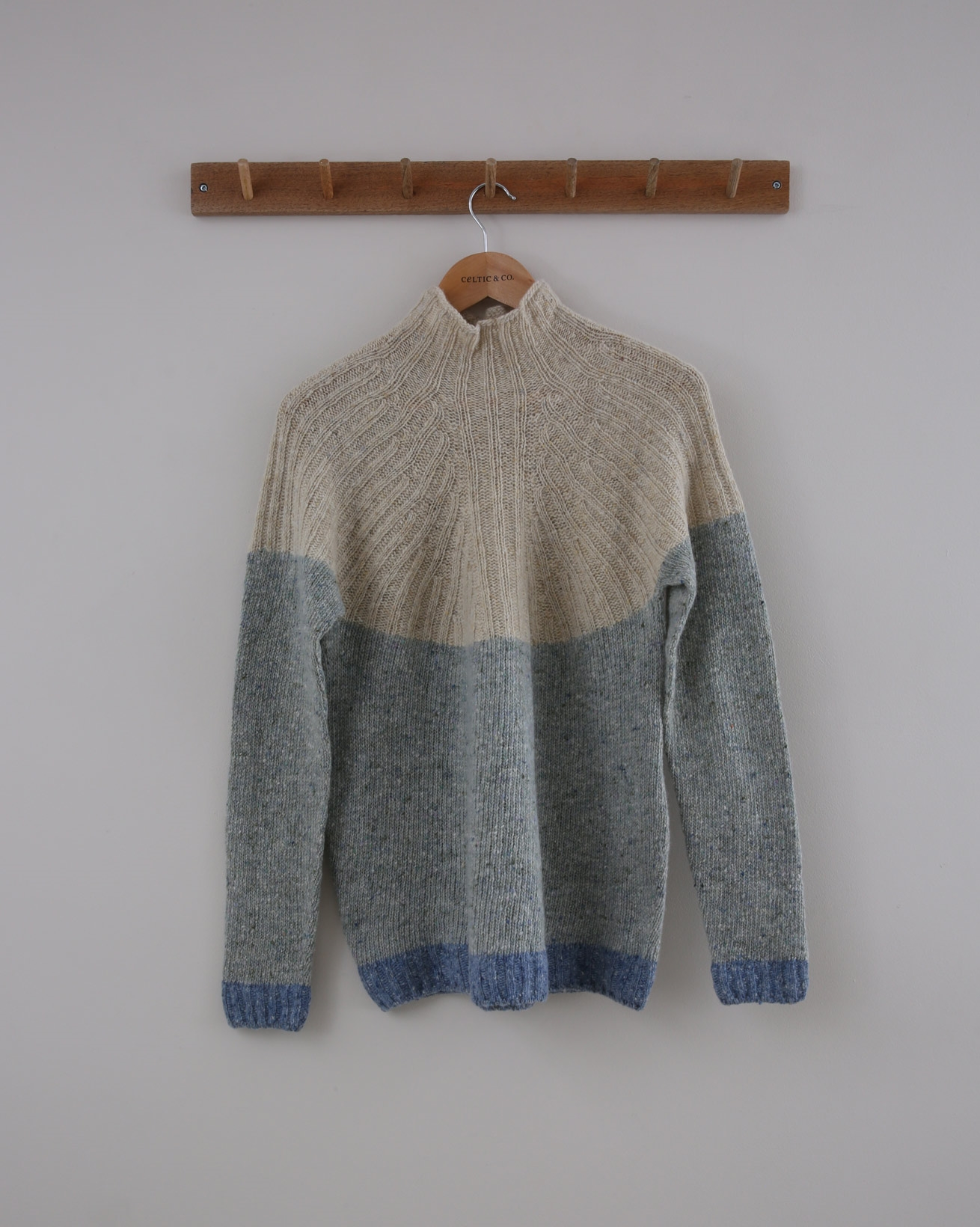 Flecked Funnel Neck - Small - Oatmeal & Green - 1418