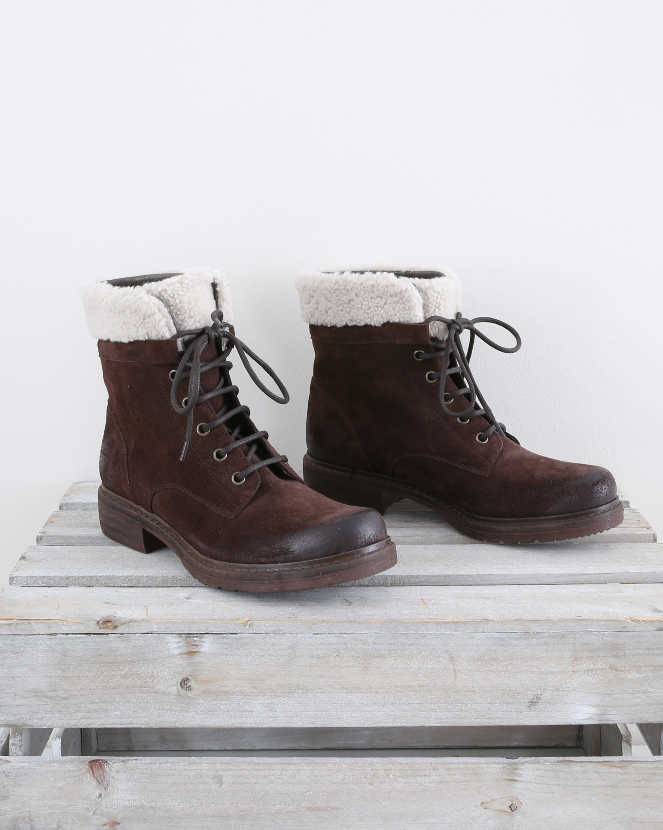 Lace Up Boot with Sheepskin trim - Size 37 - Chocolate - 1459