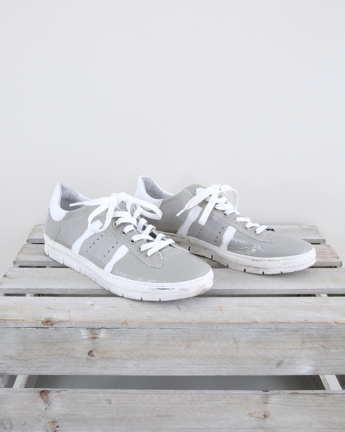 Embellished Trainers - Size 39 - Grey Stripe - 1469