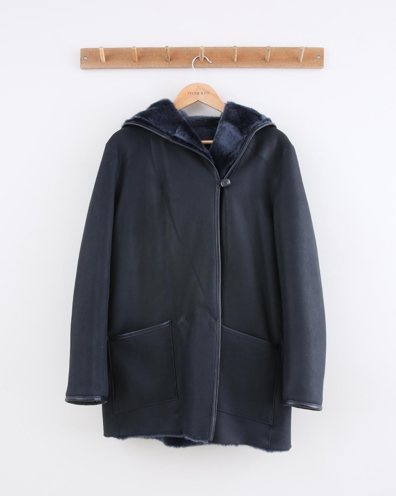 1485-reversible-hooded-wrap-jacket--navy-reversed.jpg