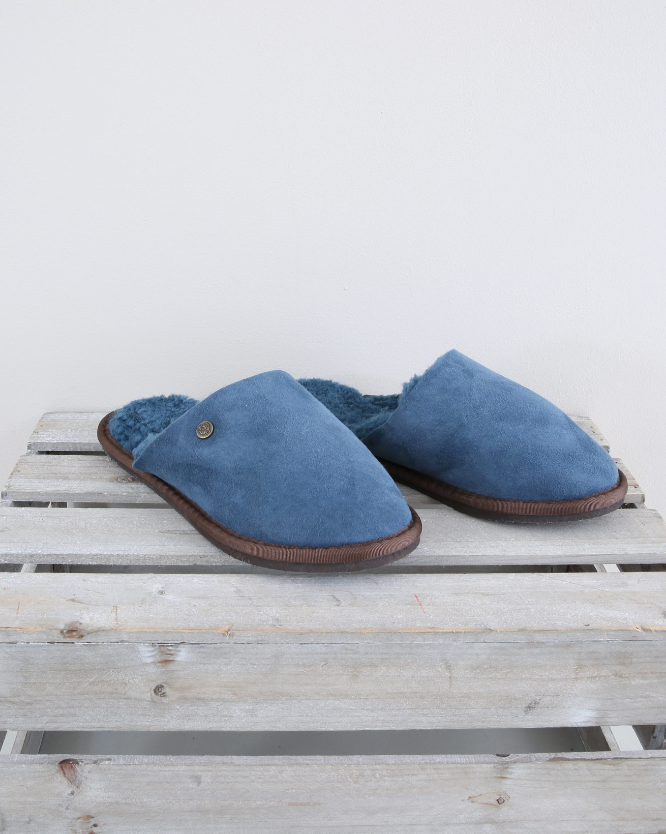 Ladies Sheepskin Mules - Size 6 - Icelandic Blue - 1554
