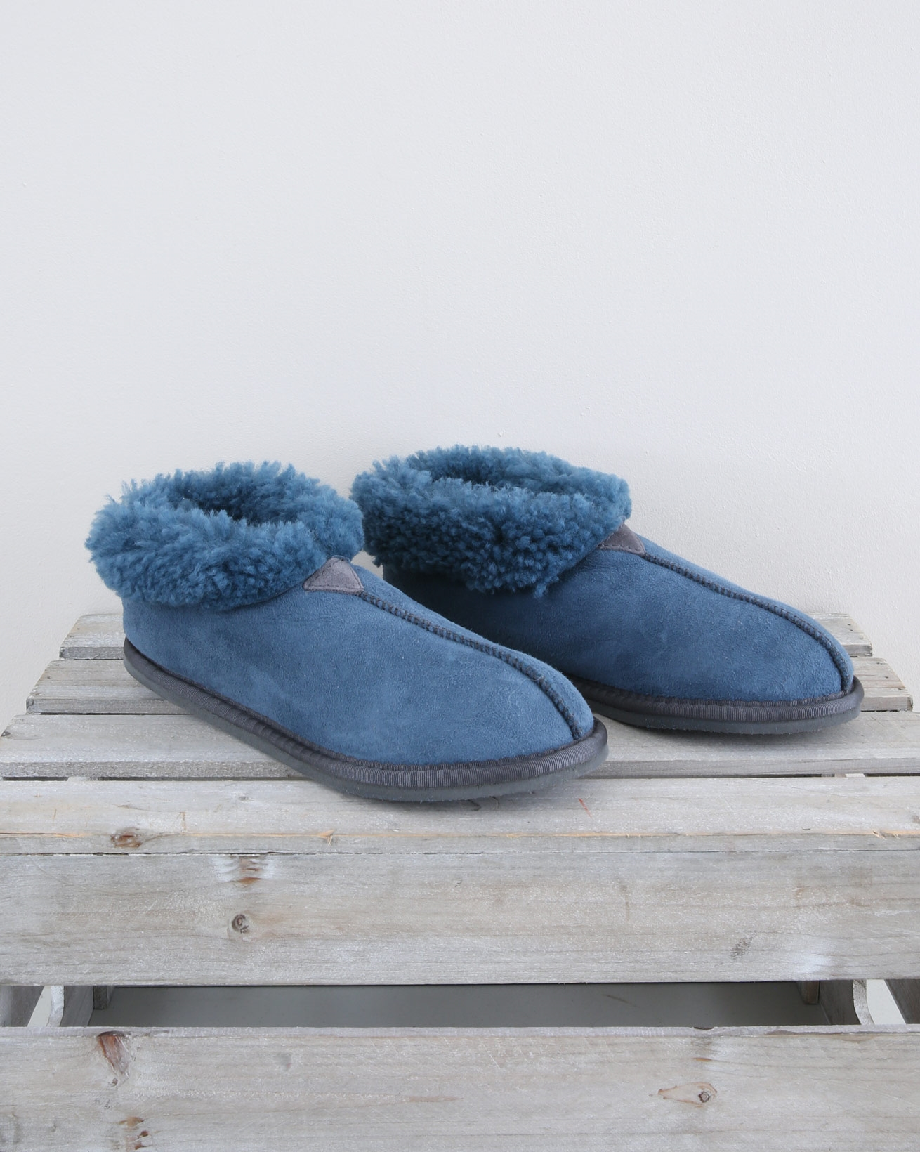 Ladies Sheepskin Bootee Slipper - Size 6 - Icelandic Blue - 1555
