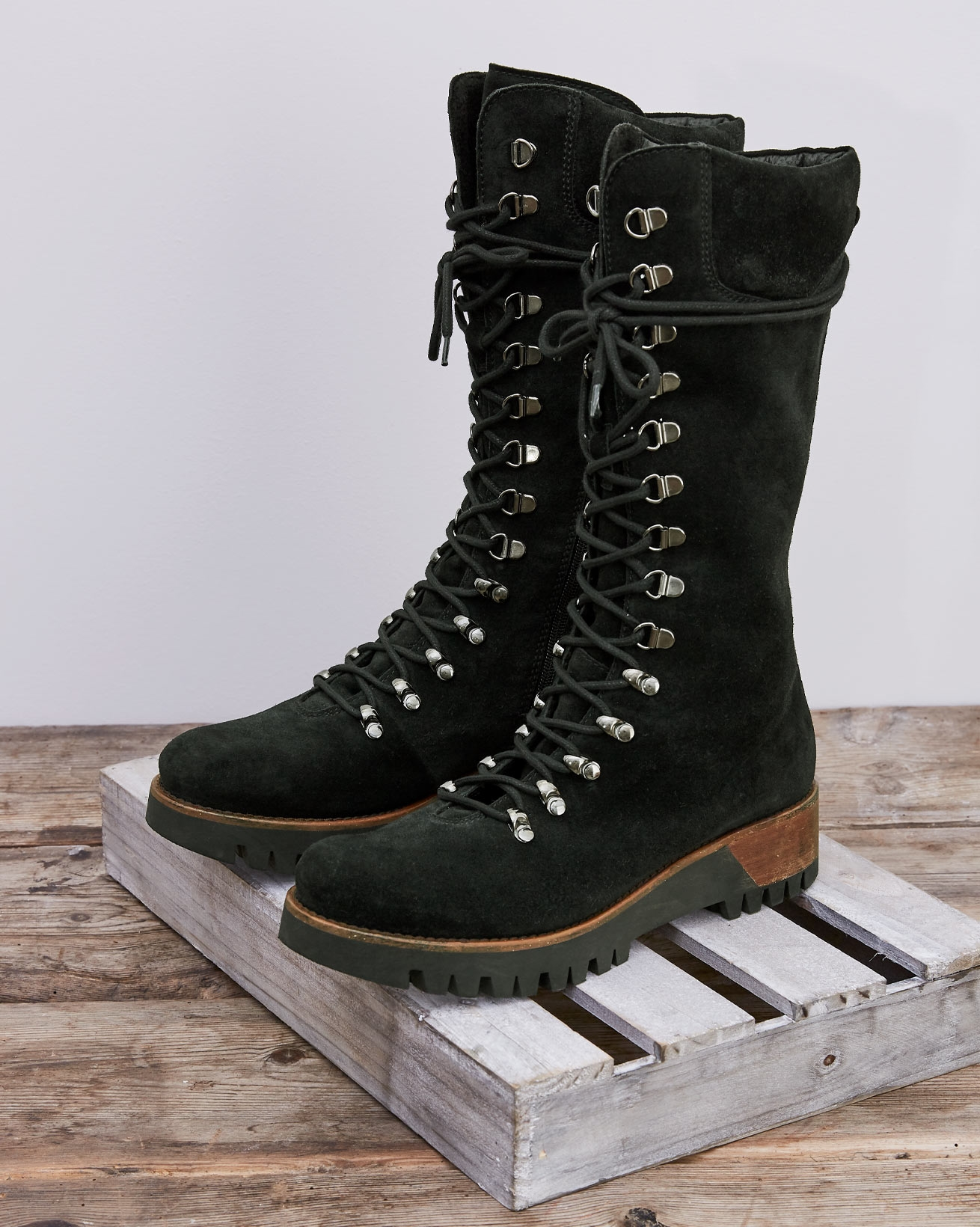 Wilderness Boots - Black - Size 39 - 2725