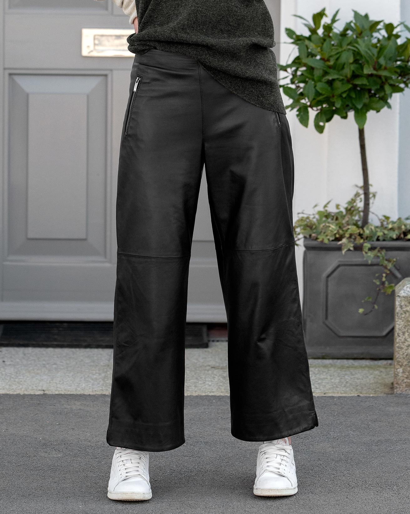 Cropped Wide Leg Leather Pants