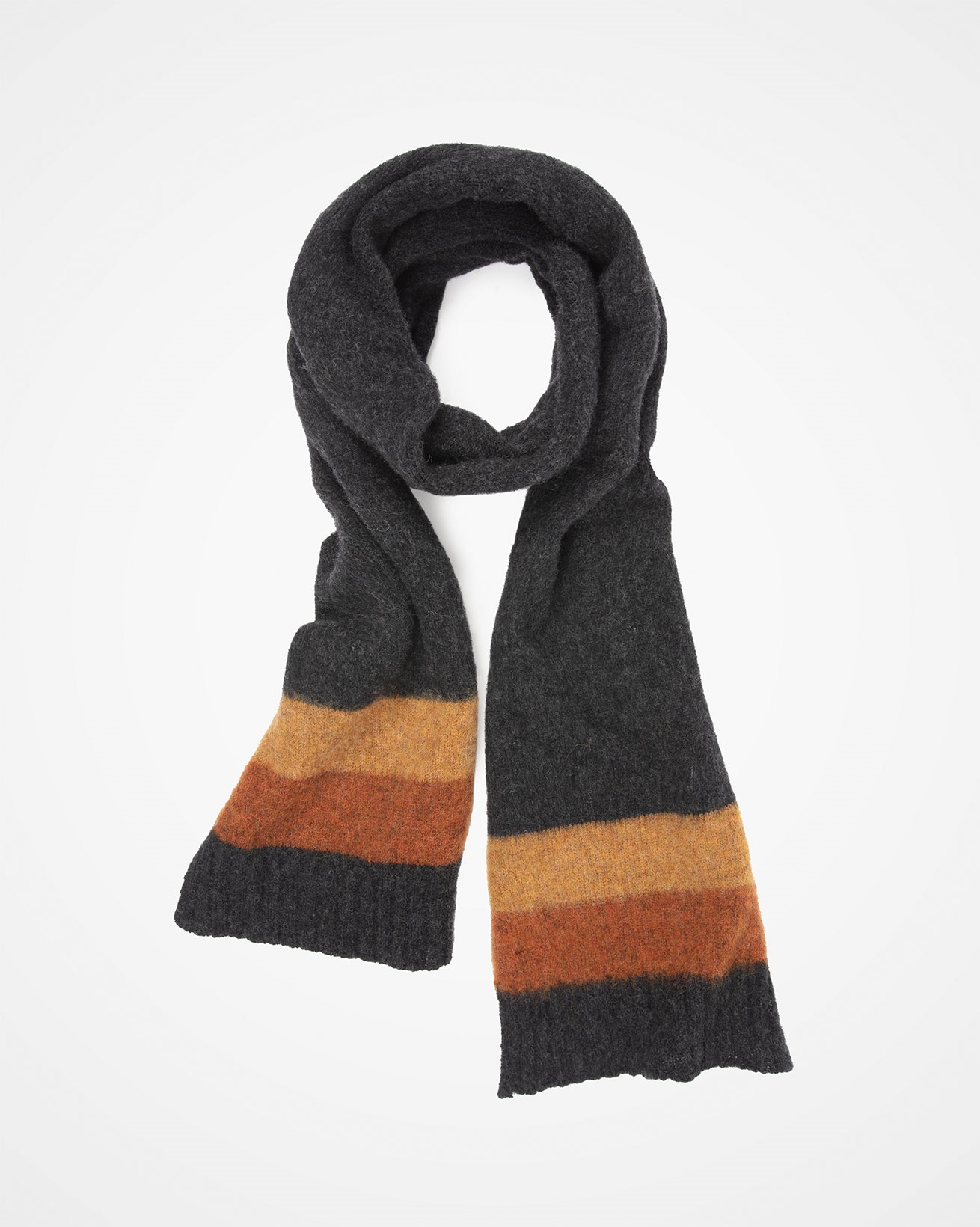 7751_shetland-wool-scarf_charcoal-colourblock_swirl.jpg