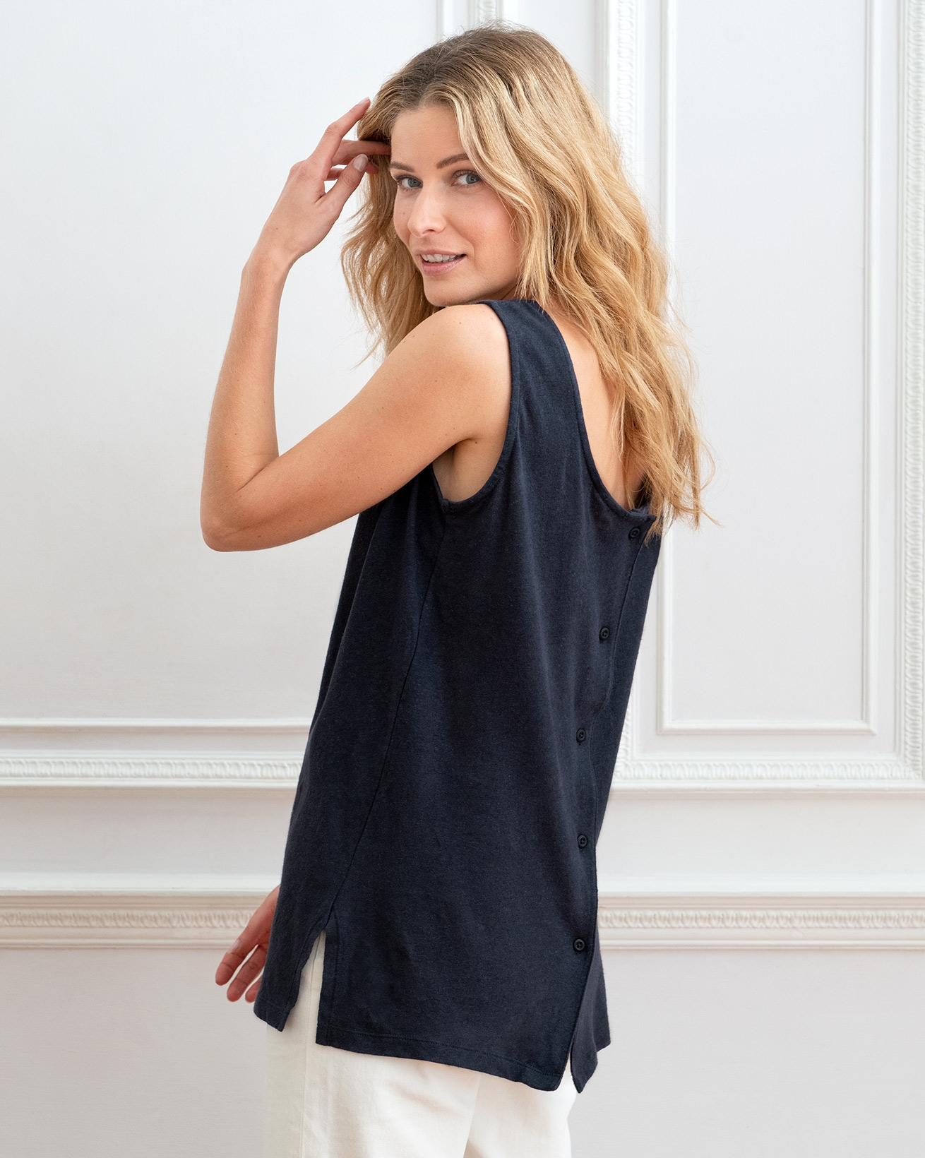 7785-linen-cotton-scoop-neck-tunic-navy-32web.jpg