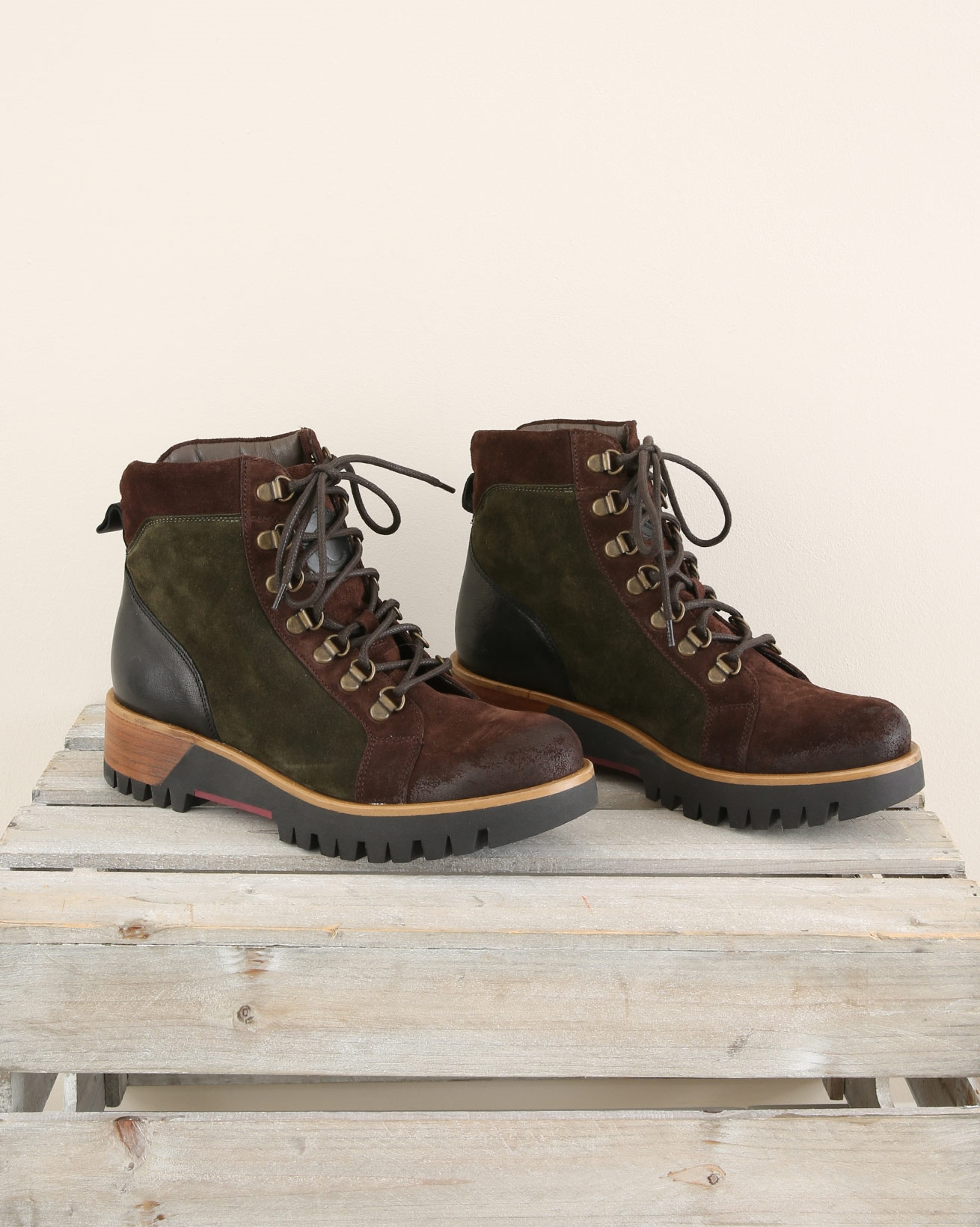 Colourblock Hiker Boot - Size 37 - Olive & Brown - 1711