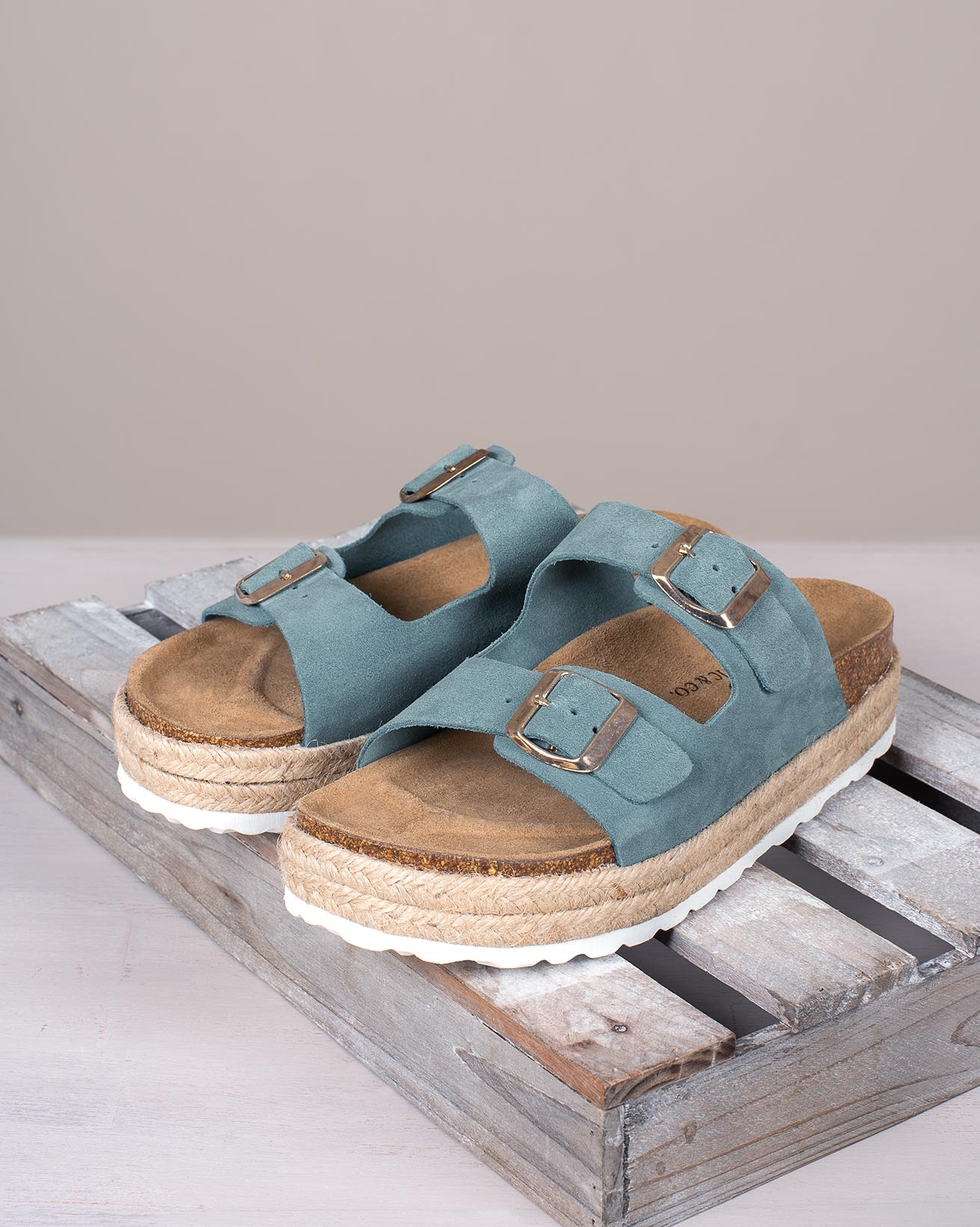 7582_leather-buckle-sandals_denim_lifestyle_lfs.jpg