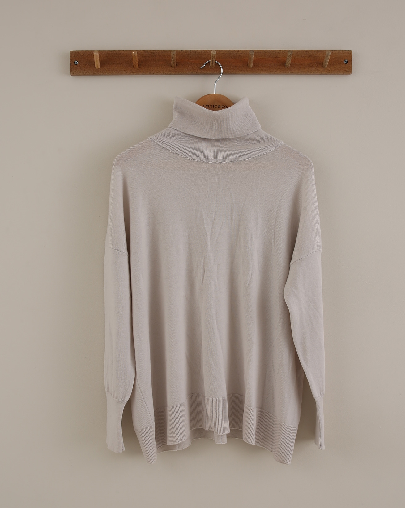 Slouchy Knit Roll Neck - Size Extra Small - Oatmeal - 1786