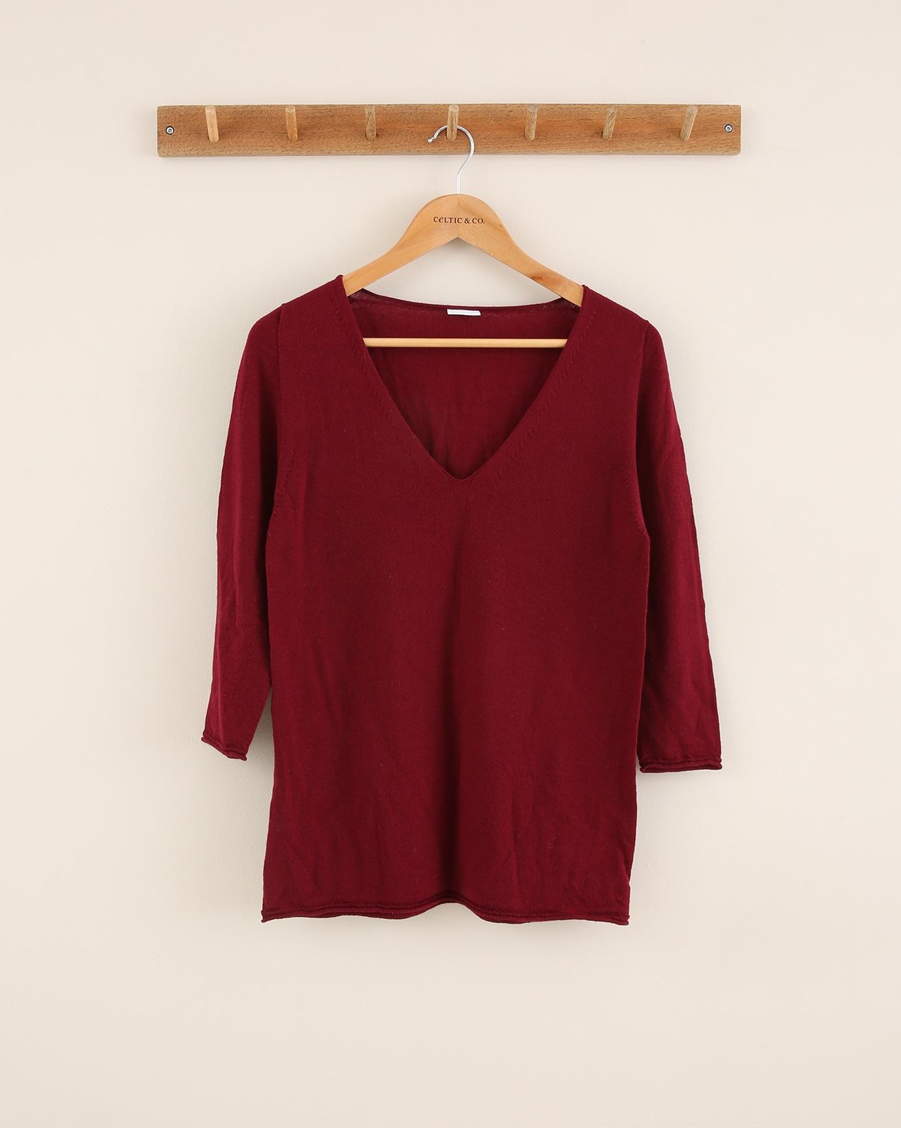 Fine Knit Merino Vee Neck - Size Small - Claret - 1793