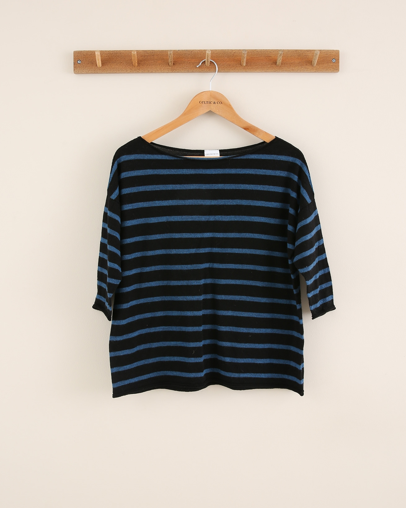 Fine Knit Merino Short Sleeve Crew Neck - Size Small - Black Stripe - 1794