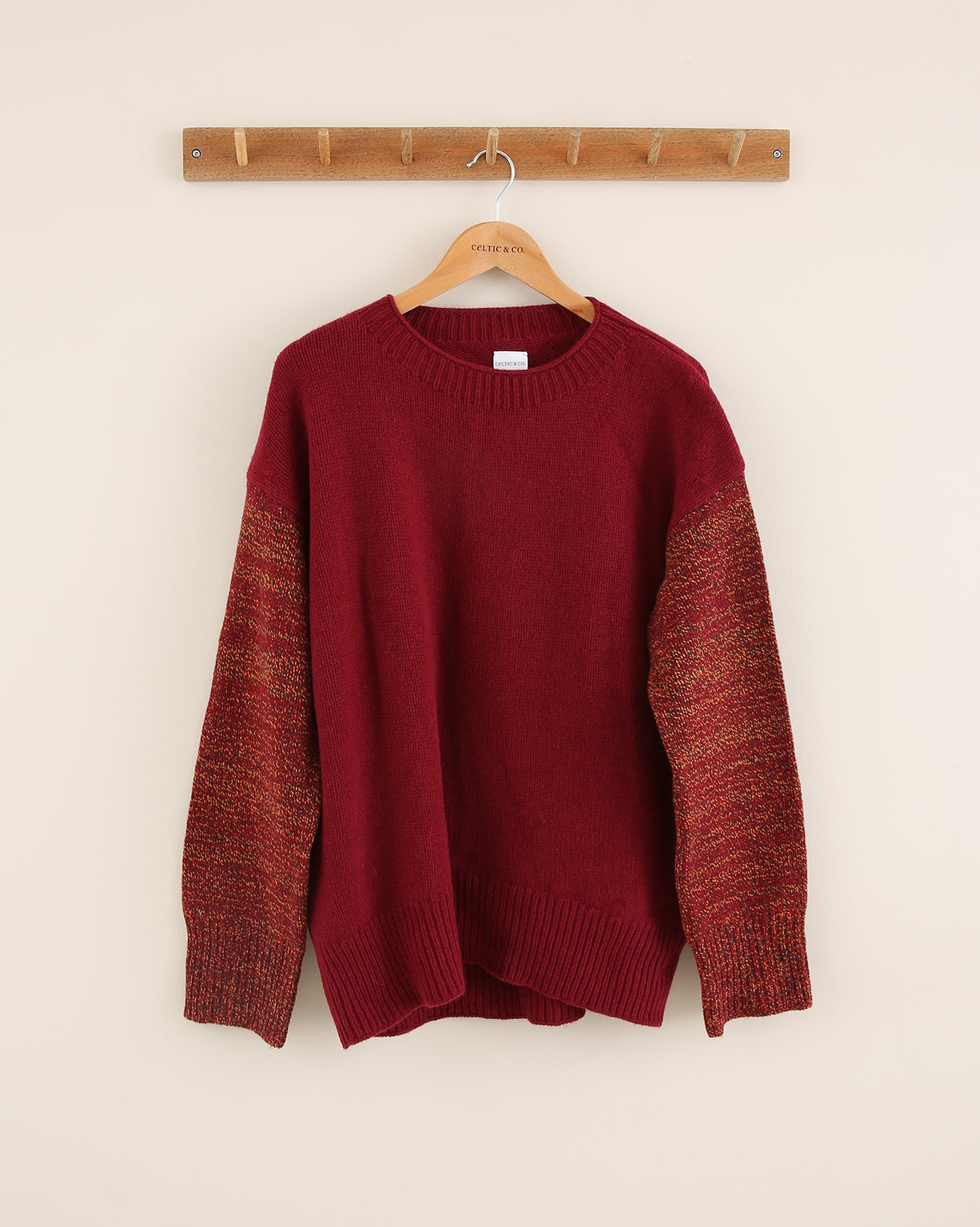 Interest Sleeve Crew Neck - Size Small - Claret/Rust - 1779