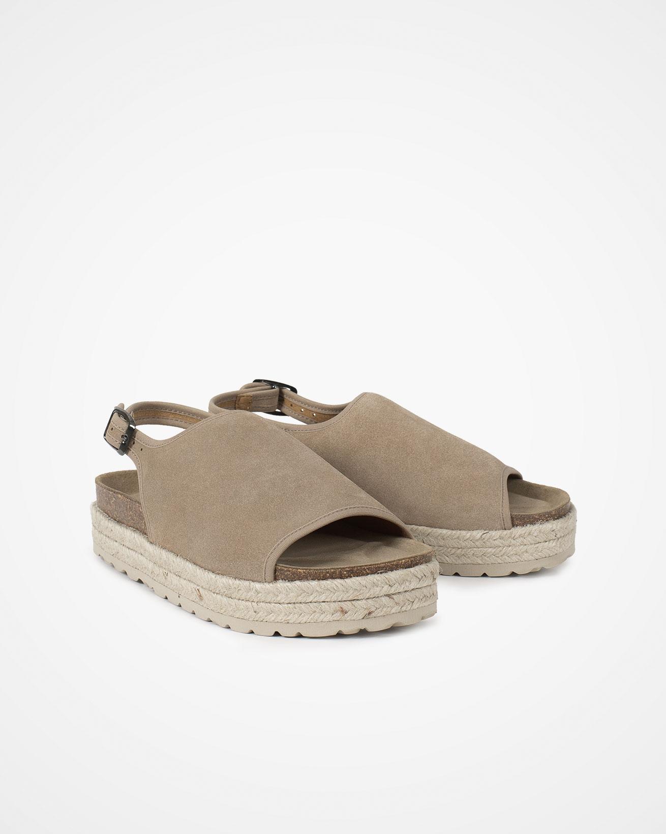 7787_sling-back-flatform-sandals_camel_pair.jpg