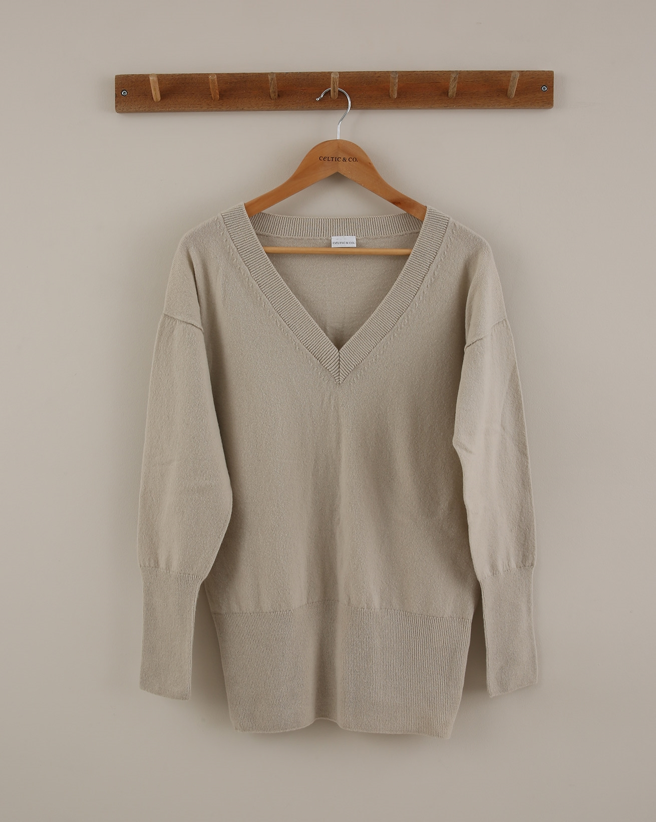 Supersoft V Neck Jumper - Size Small - Taupe - 1873