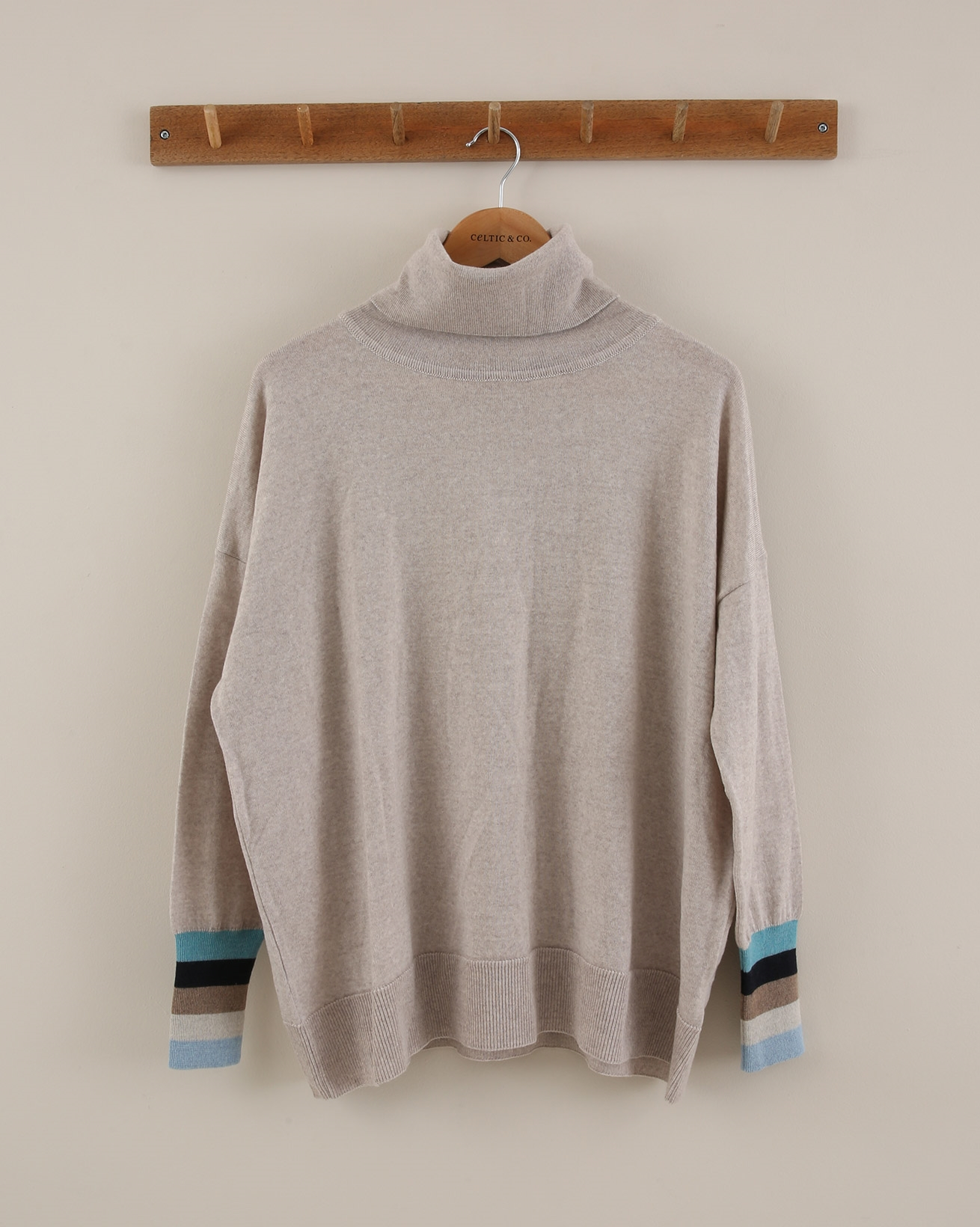 Slouchy Fine Knit Roll Neck - Size Small - Oatmeal/Blue Tipping - 1878