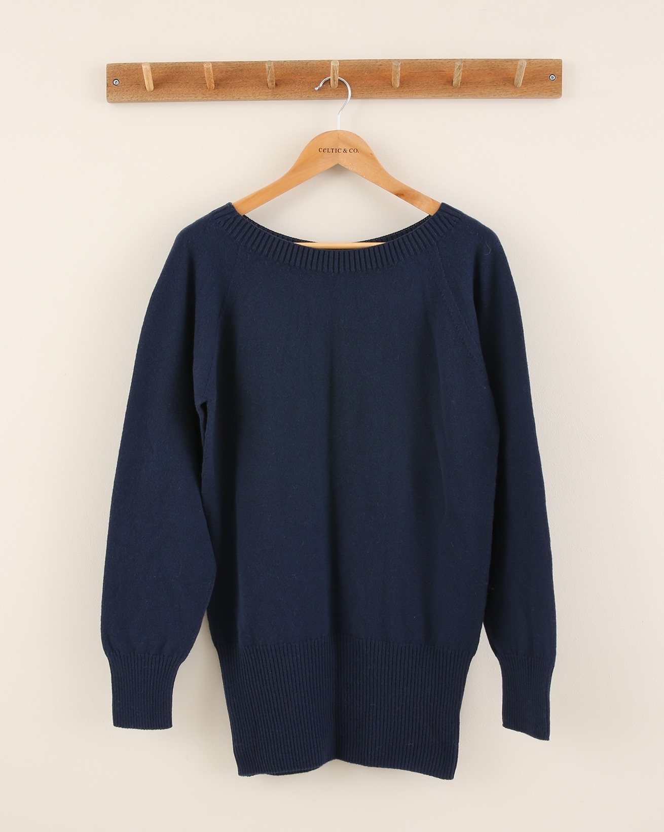 Supersoft slouch jumper - Size Small - Navy - 1920
