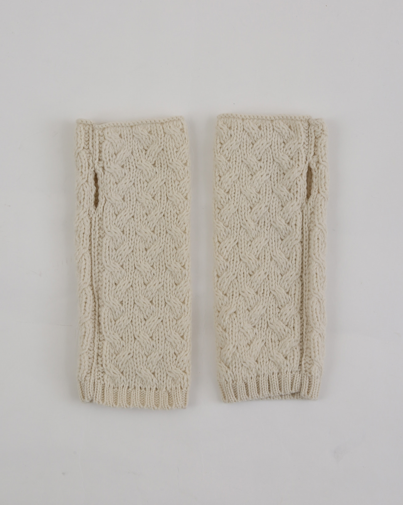 Aran Fingerless Mitts - One Size - Oatmeal - 1975