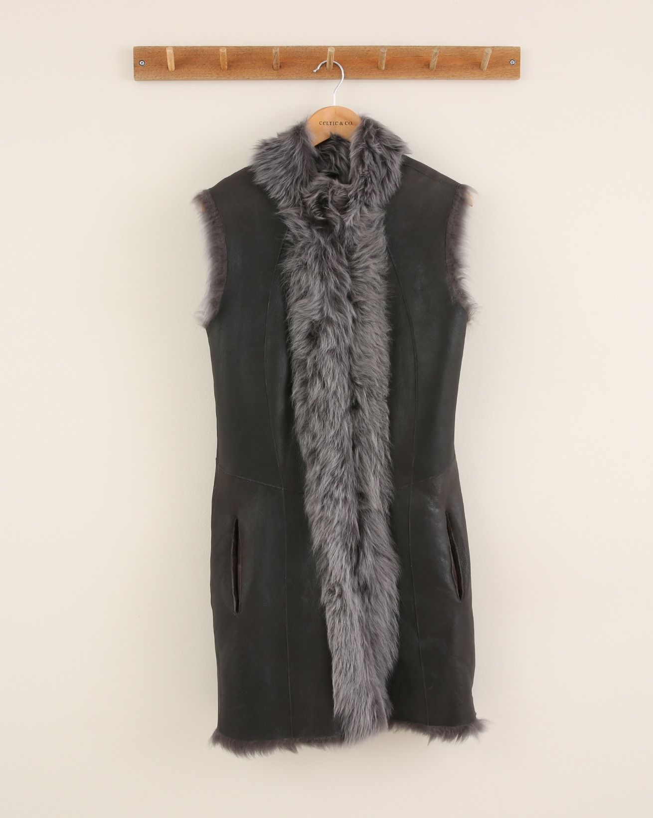 Long Reversible Toscana Gilet - Size Extra Small - Charcoal Snow Tip - 2097