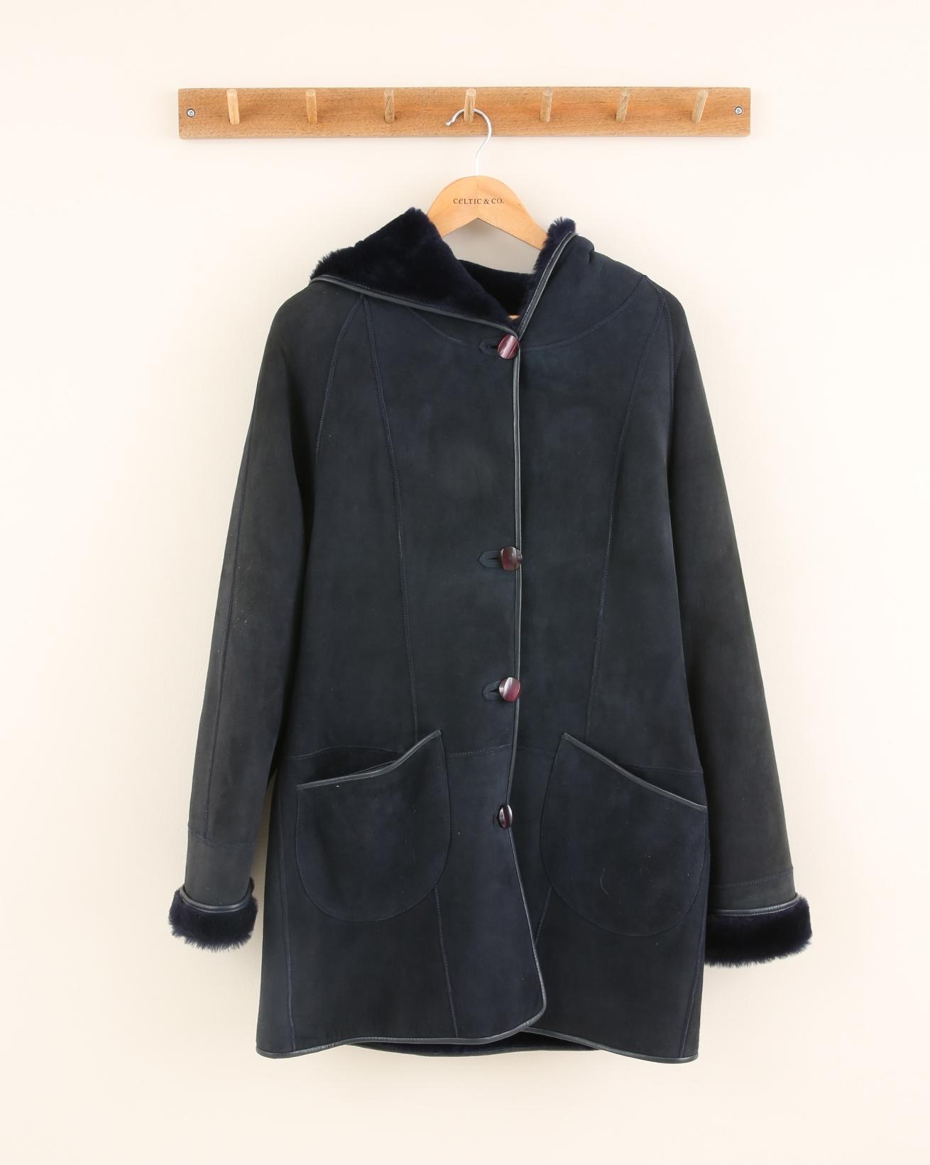 2100-reversible-hooded-sheepskin-coat-navy-reversed.jpg