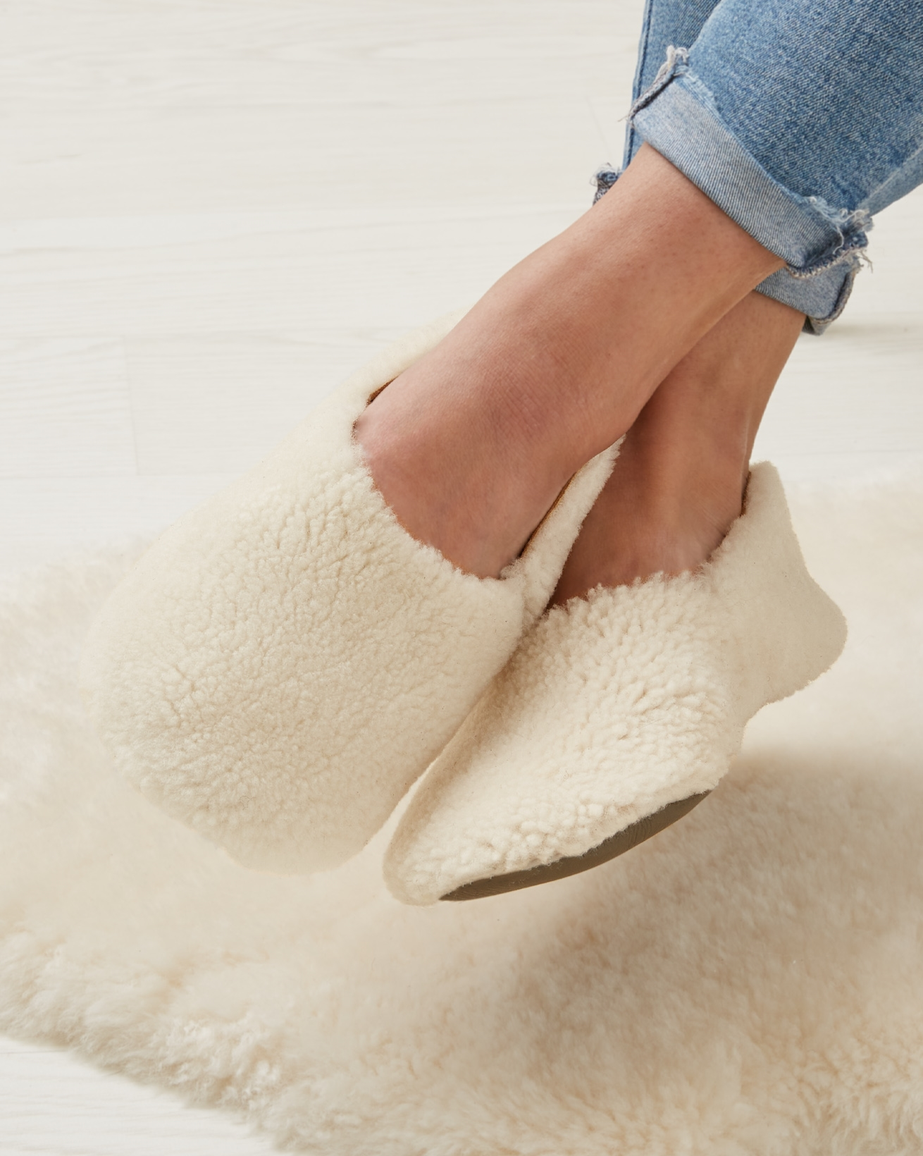 7552_cocoon-slippers-ivory_3 1.jpg