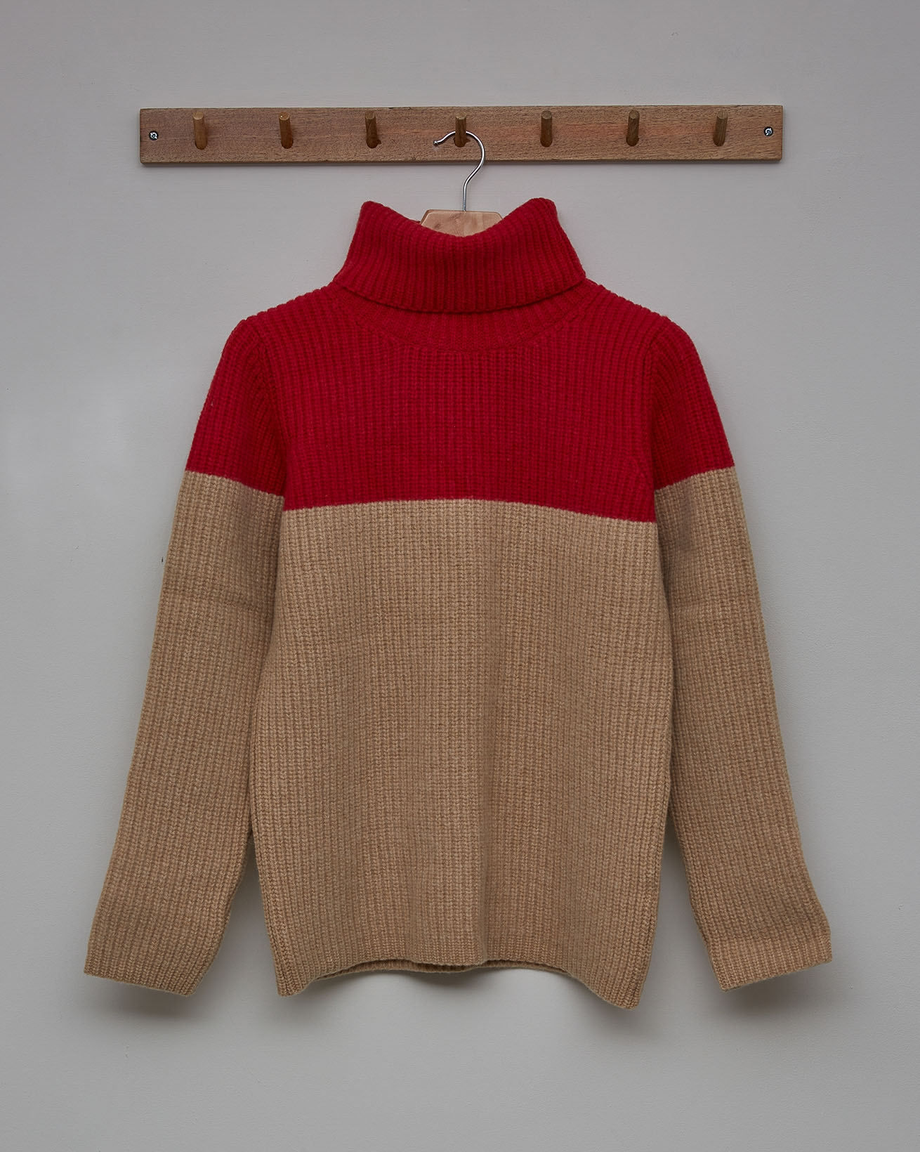 Colourblock Roll Neck - Size Small - Pillarbox Red, Camel - 2362