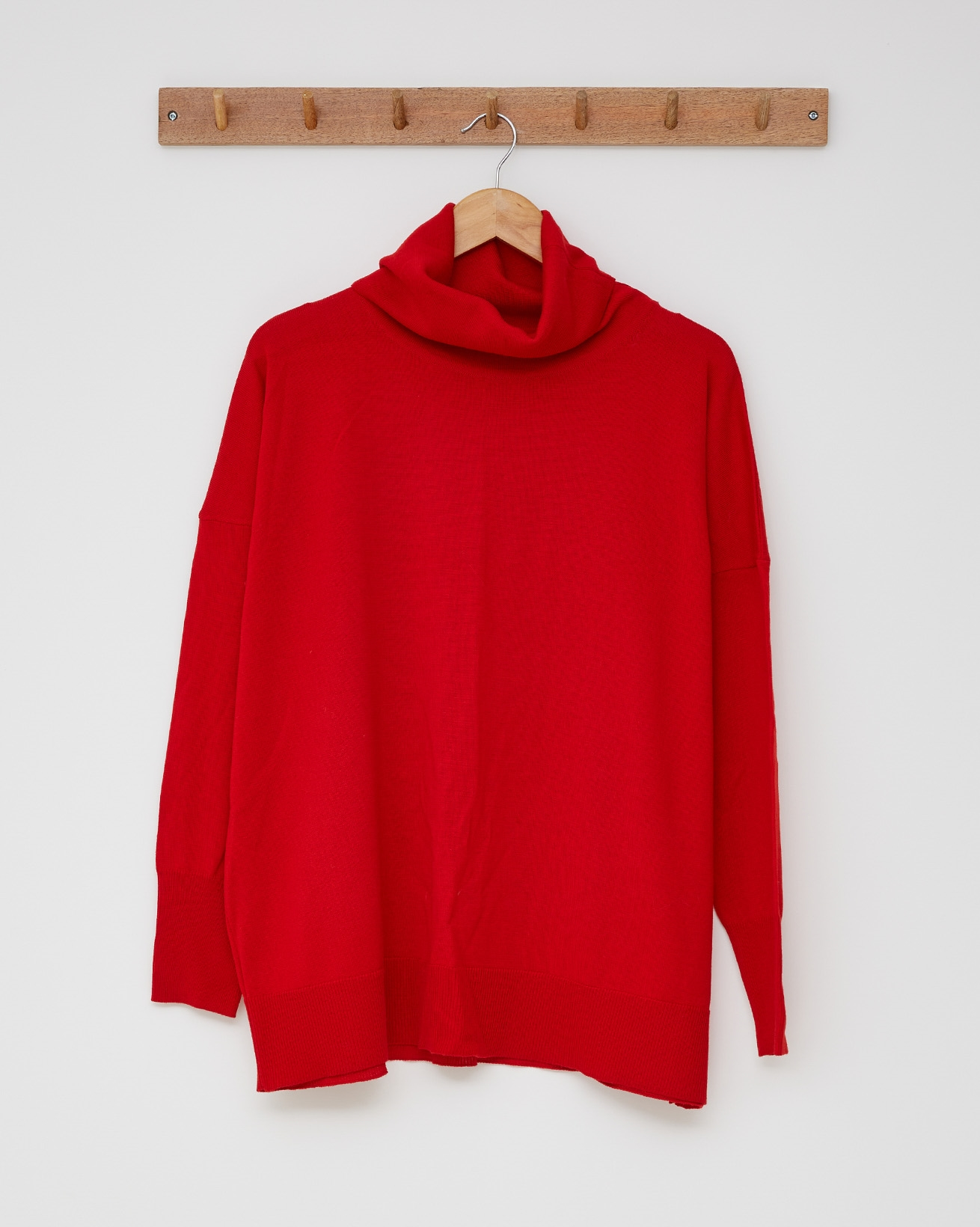 Slouchy Fine Knit Roll Neck Jumper - Size Small -  Pillarbox Red - 2427