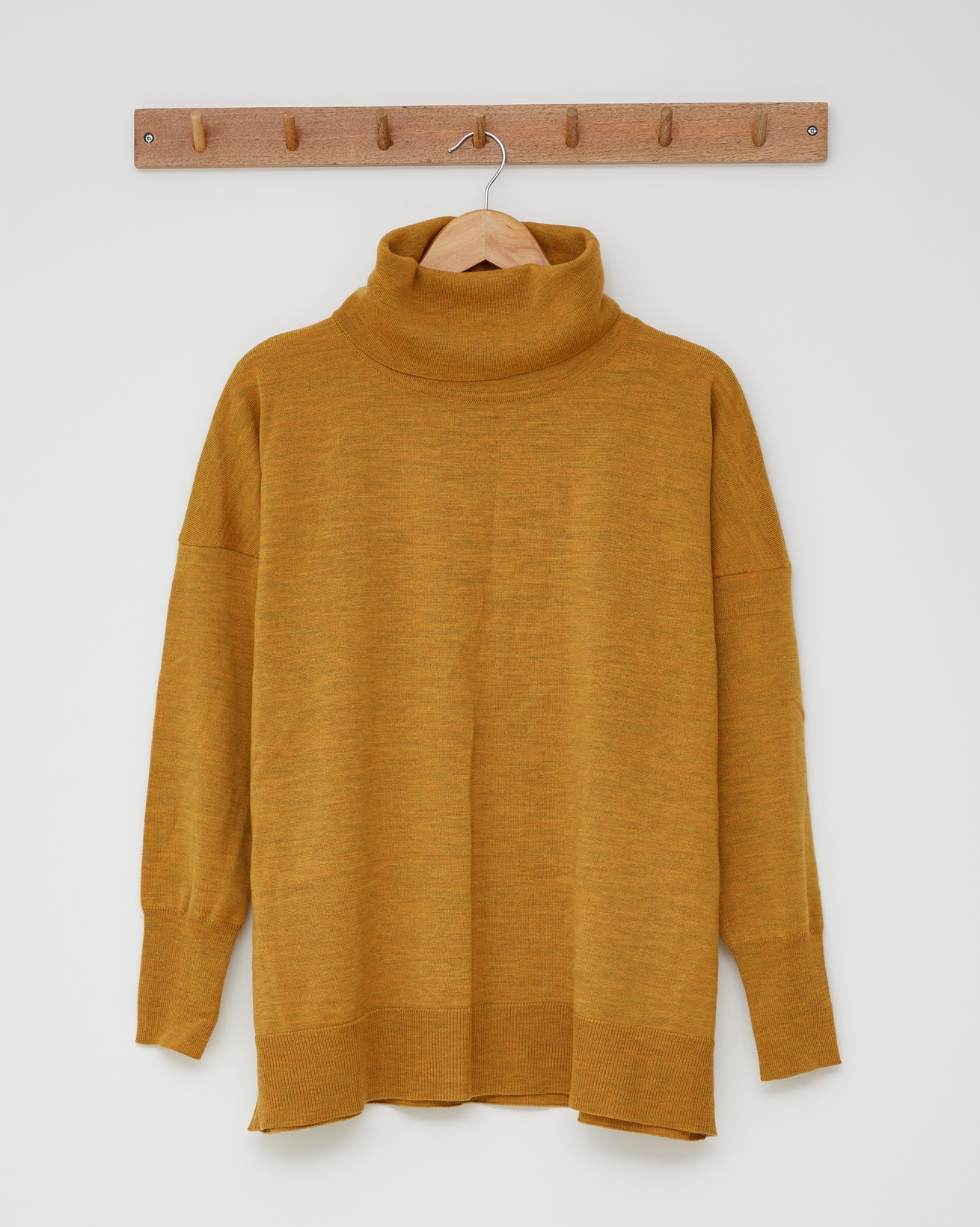 Slouchy Fine Knit Roll Neck Jumper - Size Small - Gorse - 2432
