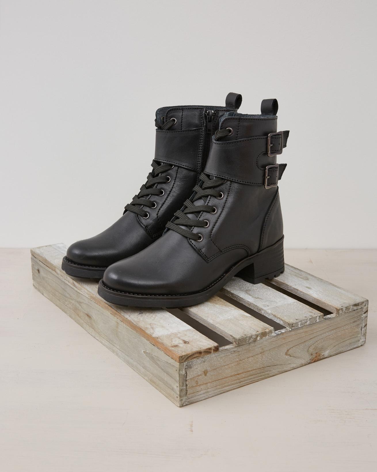 Veg Tanned Combat Boot - Black - Size 37 - 2445
