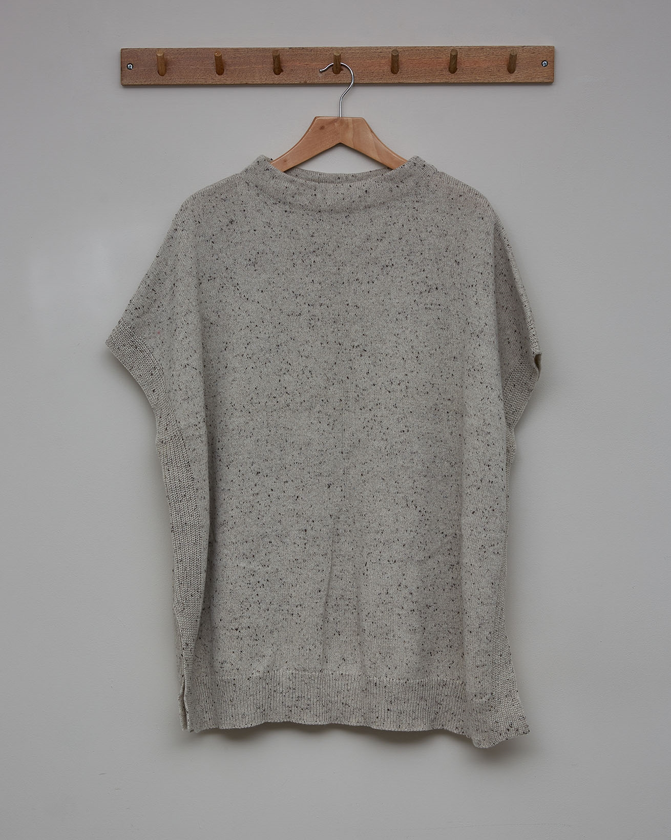 Donegal Boat Neck Sleeveless Tunic - Size Small - Oatmeal - 2481